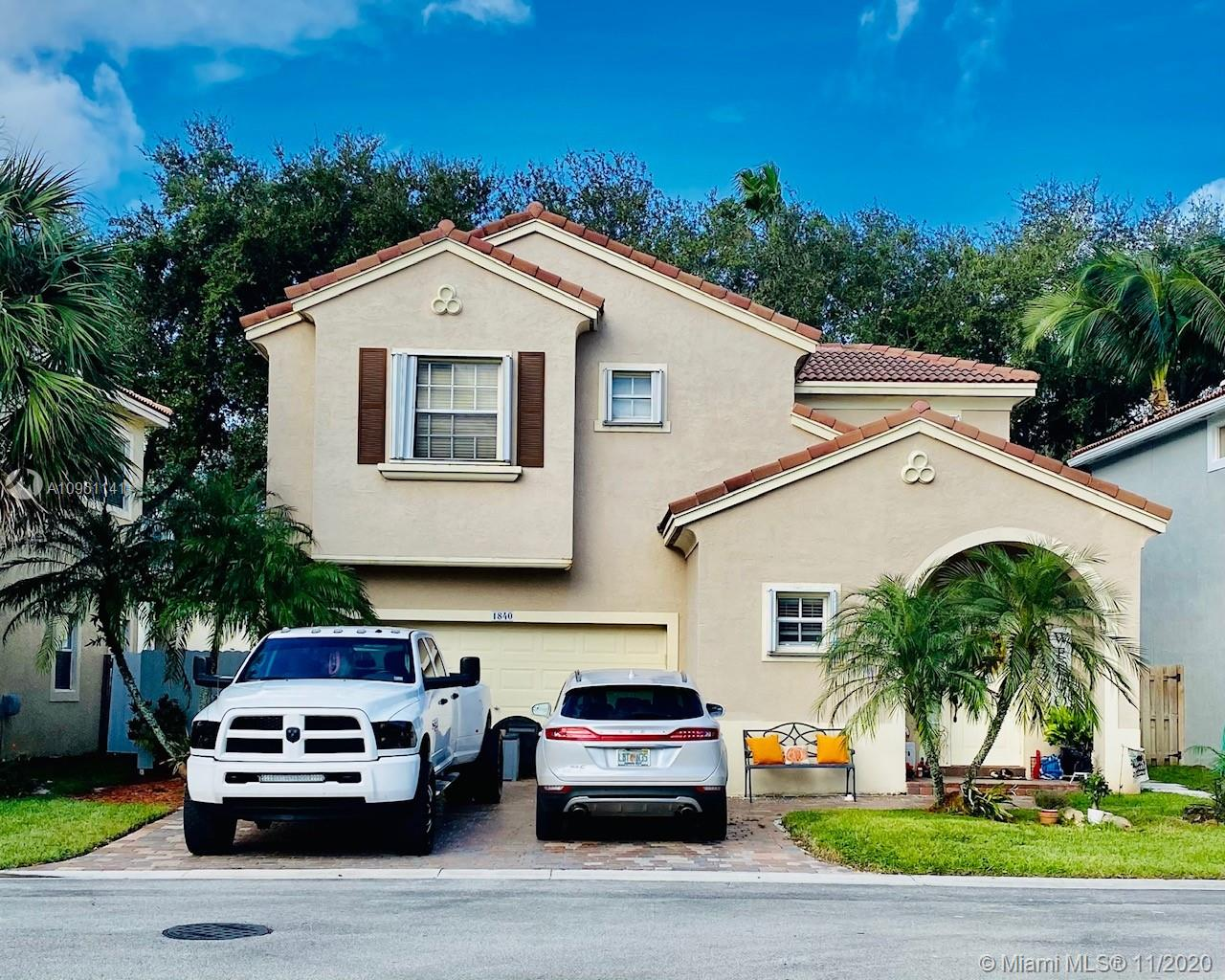 READY TO MOVE  THIS IS A BEAUTIFUL HOME IN A VERY QUIET NEIGHBORHOOD , HUGE  BACKYARD , NICE KITCHEN, TWO FLOORS, SPACIOUS ROOMS, VERY WELH MATEINIMENT , LOW HOA THAT INCLUDED, LAWN, CABLE, INTERNET CLUBHOUSE, GYM, TENNIS, POOL, PLAYGROUND,24/7 SECURITY