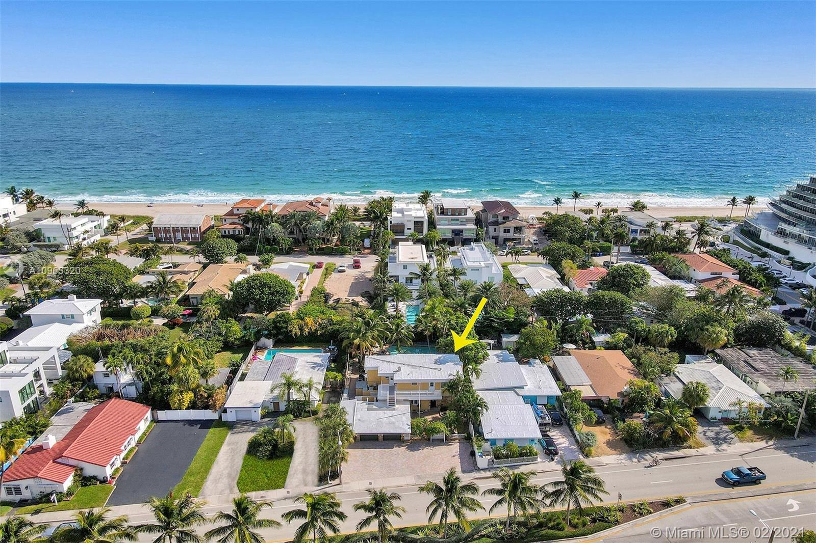 """DESIRABLE """"LAUDERDALE BEACH"""" COMMUNITY.... STEPS TO THE OCEAN. PHOTOS COMING SOON."""