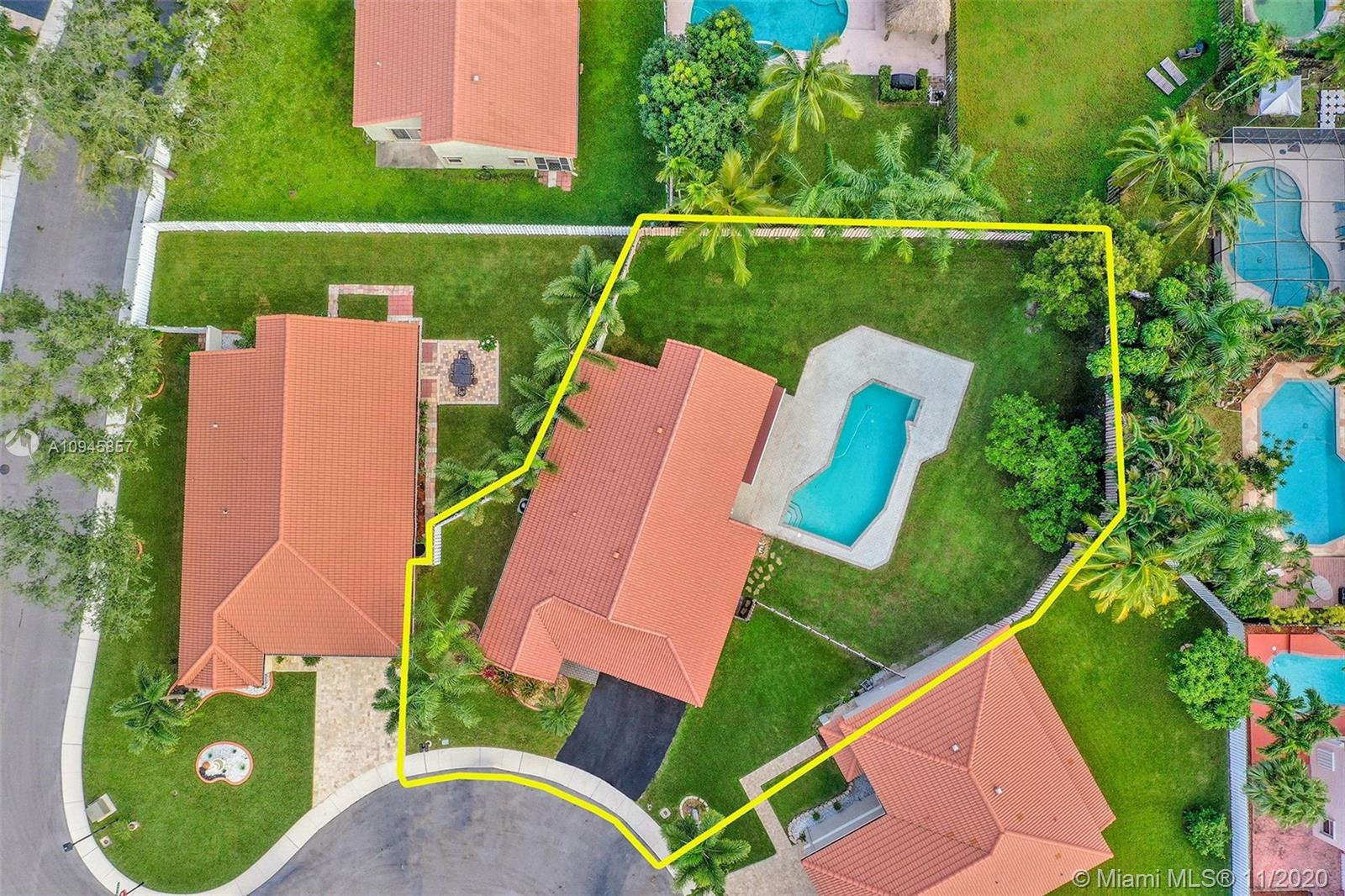 One of the largest lots in the area! You'll love coming home to this 3/2 w/vaulted ceilings, outside you can enjoy an immense fenced yard & paver patio w/awning & pool to relax. New A/C 1 yr ago! Located in Residences of Sawgrass just mins from Sawgrass Mills Mall & BBT, major highways, restaurants & shopping.  Open kitchen has black appliances, pantry and granite counters as well as island w/sink & power. You have a sunken tub to soak away your cares in the master suite. The master bedroom is large enough for the biggest of bedroom sets. You'll enjoy making memories in the spacious & bright living room with view of pool & yard. A separate laundry room features w&d. 2 car garage has plenty of room for your cars & toys with addt'l attic space for storage. Call now to see your future home!