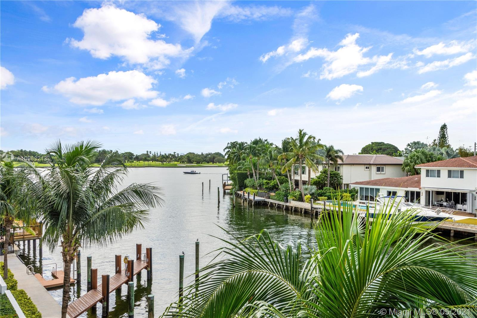 9400 W Bay Harbor Dr #304 For Sale A10963213, FL