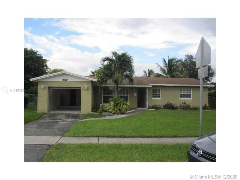 Single Family Home featuring 3 bedrooms, 2 full bathrooms and 1 car garage, decent and peaceful backyard. New roof installed on June-2018,  New  A/C  and New Water Heater is new from June - 2019. No HOA, good neighborhood centrally located with access to major roads. Price to sell make your appointment today!