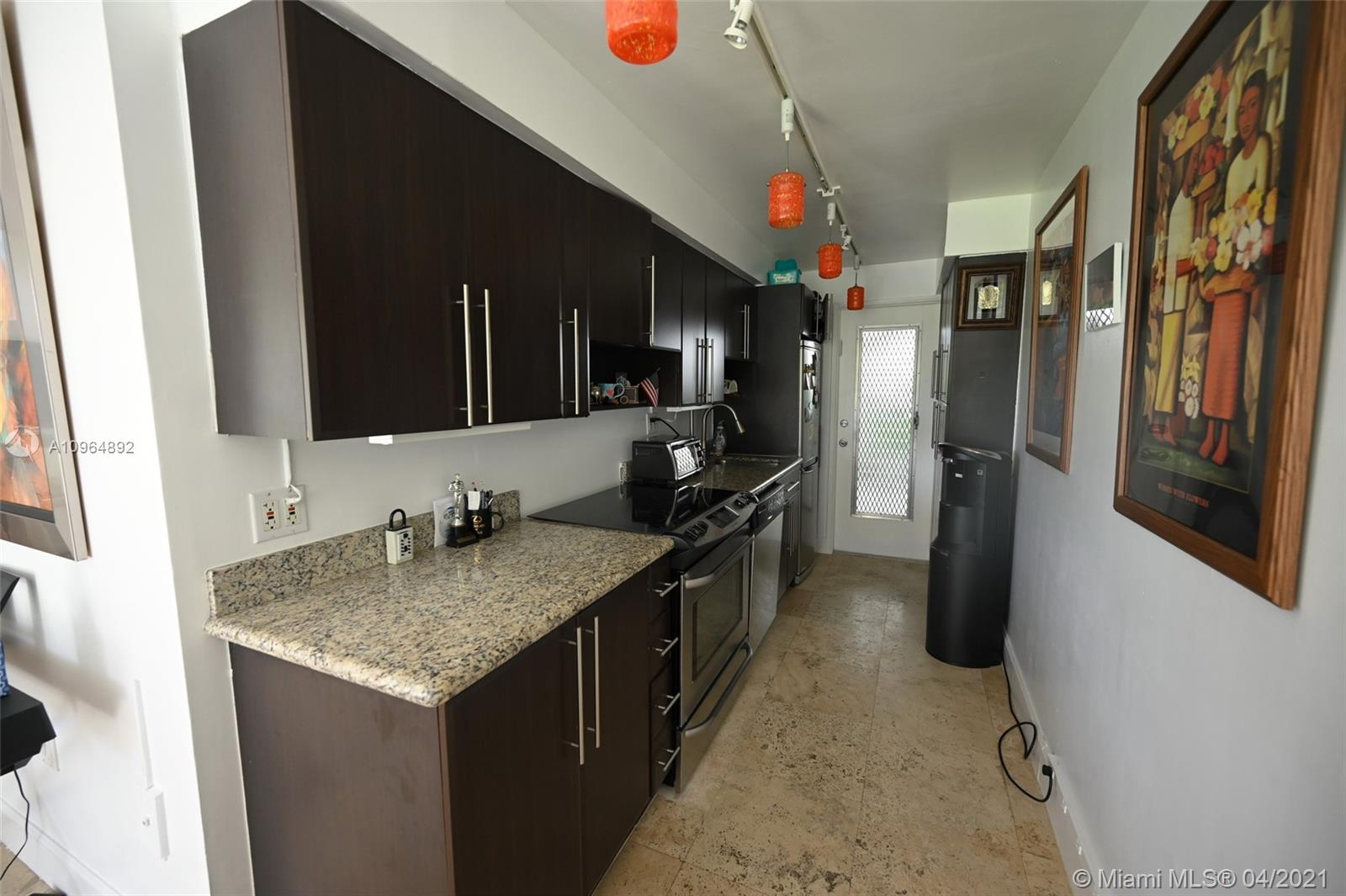Direct open bay view at your windows, modern kitchen & bathroom. tiles through out . first floor entrance to your front yard ,  bbq on the water.