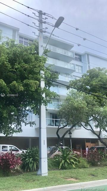 Beautiful & Spacious condo located in Bay Harbor Island renovated Italian Style kitchen with stainless steel appliances, renovated baths, brand new laminate wood flooring in bedrooms, open balcony. A rare find with two assigned parking spaces and assigned storage space. Community offers 24 hour concierge, pool, gym and dock for drop off and pick up.