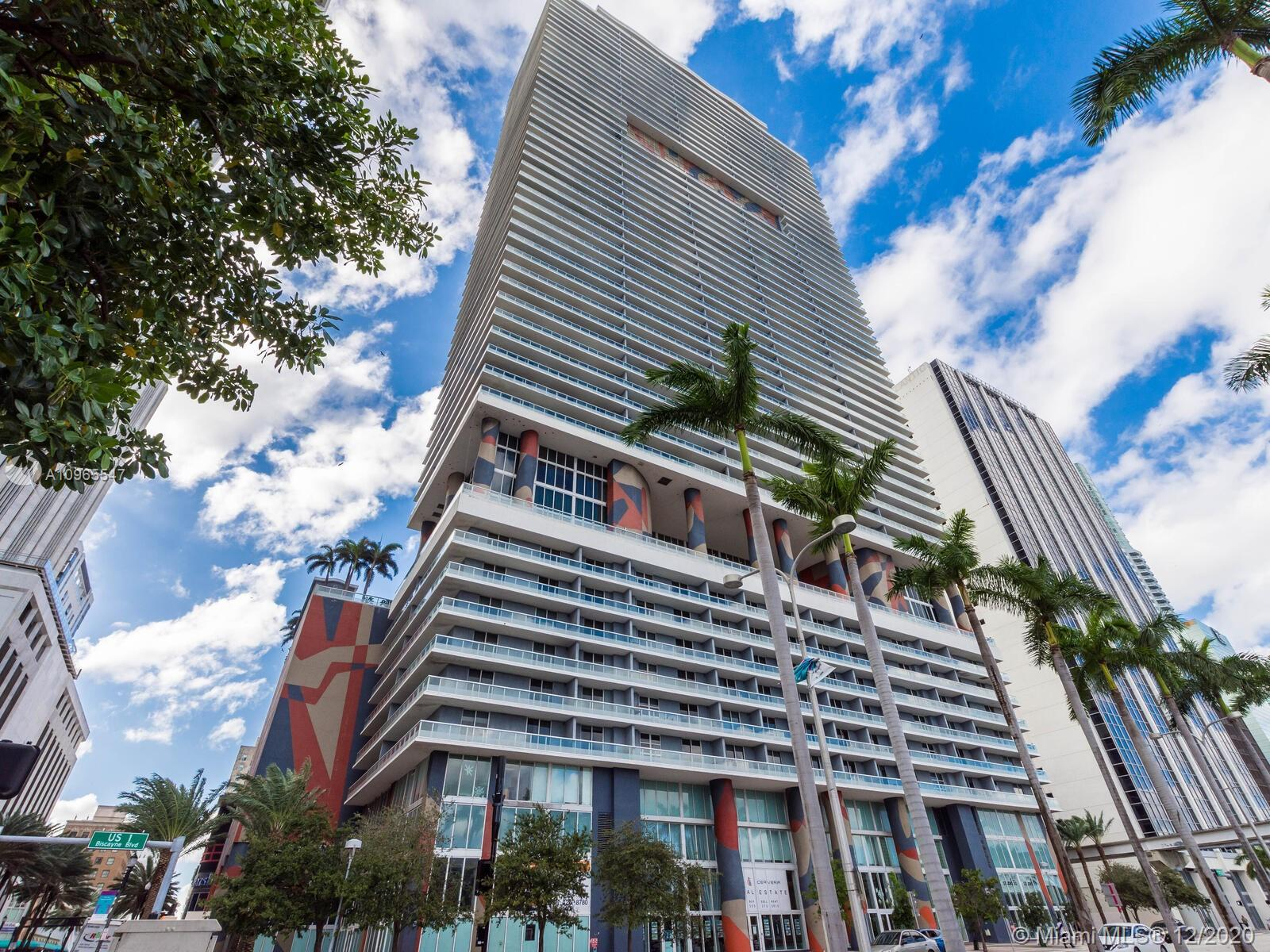 Great 2 bed, 2 bath, nicely furnished corner unit with a wrap around balcony, from which you can enjoy beautiful water and city views.. Enjoy first class amenities, Olympic size heated pool, party room, gym, 24 Hr concierge and valet parking. Location, location, walking distance to all shops, restaurants of Bayside and Brickell, nearby AAA Arena, Jorge Perez Museum and all bars along Biscayne Blvd. A must see!
