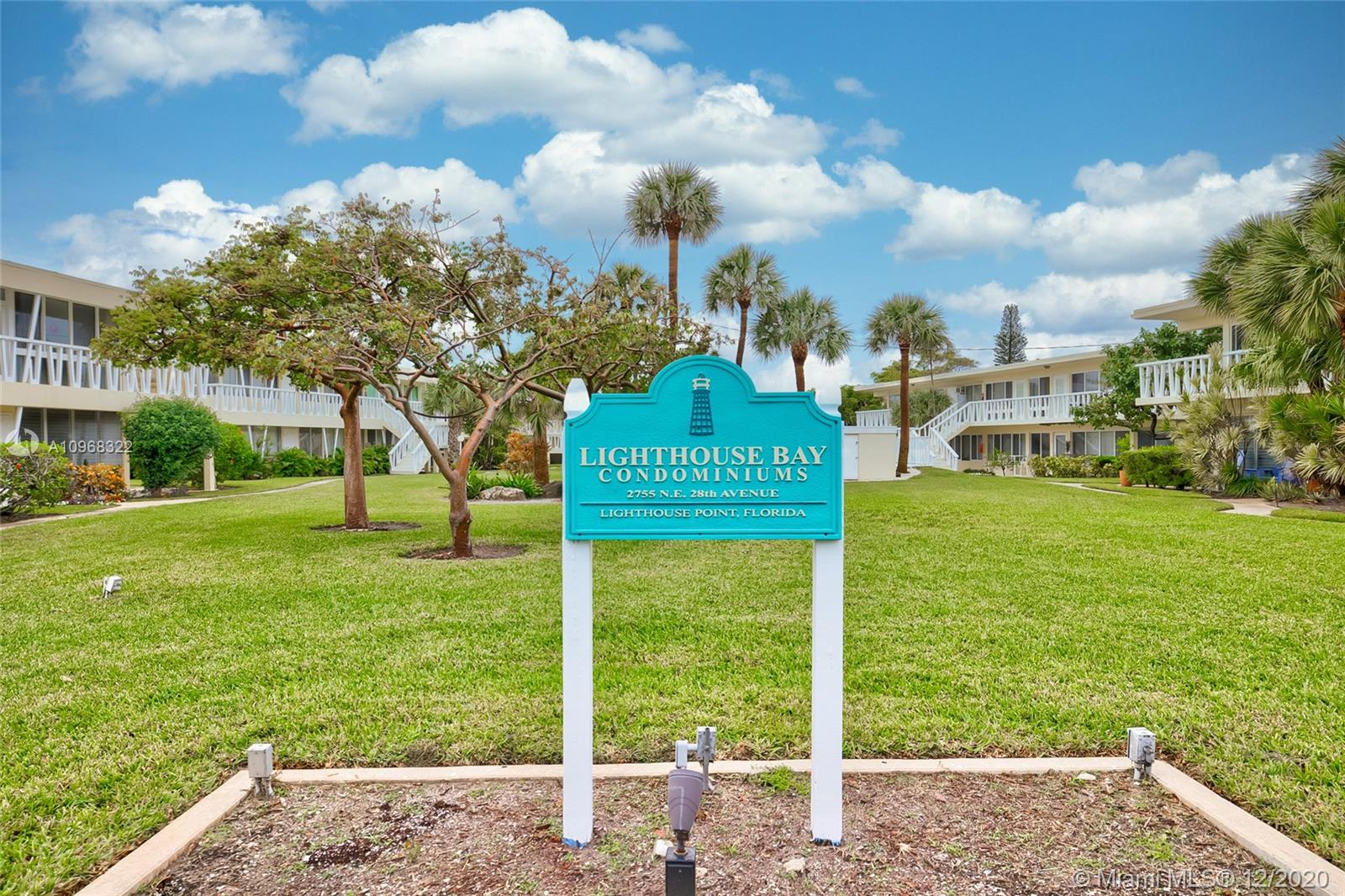 WELCOME TO LIGHTHOUSE BAY AND THE LIGHTHOUSE POINT MARINA. LIVE THE LAID BACK LIFESTYLE, SURROUNDED BY ALL MULTI-MILLION DOLLAR HOMES AND JUST STEPS AWAY TO BOTH LIGHTHOUSE POINT MARINA AND THE INFAMOUS NAUTI DOG RESTAURANT! THIS IS A GROUND LEVEL / FIRST FLOOR 2 BED AND 2 BATH CONDO WITH THE COMMUNITY POOL RIGHT OUT YOUR BACK DOOR. ITS IN GREAT CONDITION WITH A FULLY UPDATED KITCHEN WITH QUARTIZE COUNTERTOPS AND MARBLE ACCENTS. THE BATHS HAVE BEEN EQUALLY UPDATED AS WELL. THERE IS ALSO A FULL SIZE WASHER AND DRYER IN THE UNIT FOR YOUR CONVENIENCE. BRING YOUR BOAT AND PARK IT IN THE MARINA, THERE ARE SLIPS AVAIABLE. VERY UNIQUE CONDO OPPORTUNITY IN ONE OF THE BEST RESDIENTIAL NEIGHBOROODS, ALSO INVESTOR FRIENDLY W/ NO WAITING PERIOD TO RENT. SHORT TERM RENTALS OK! PET FRIENDLY TOO