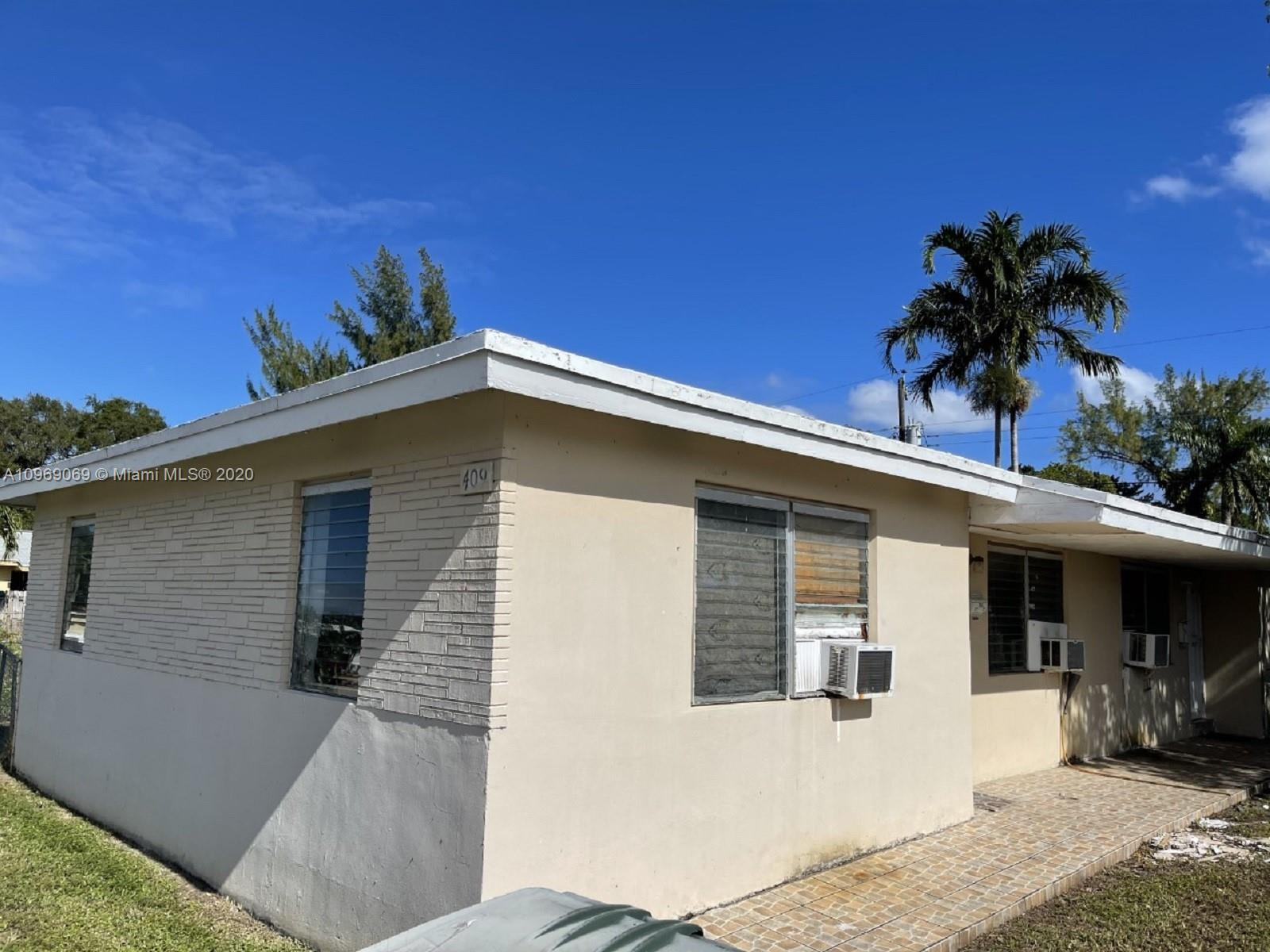 409 SW 4th Ter  For Sale A10969069, FL
