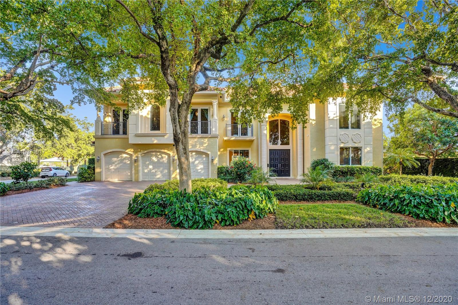 Bay Colony, 70 N Compass Dr, Fort Lauderdale, Florida 33308