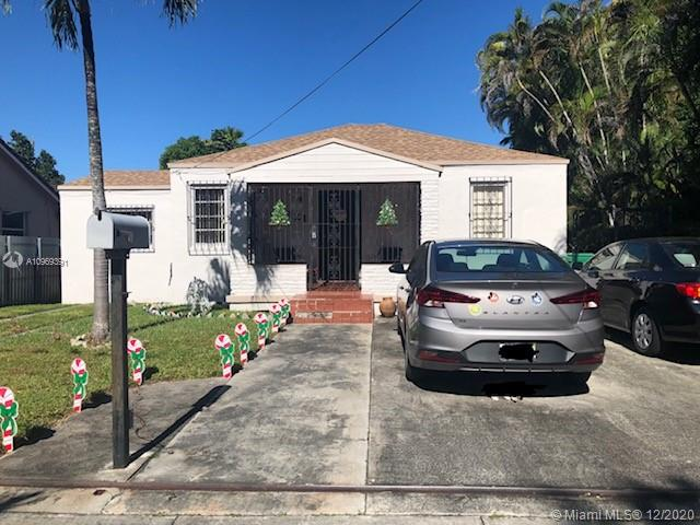 4/2 single family home that  is zoned and can be converted into a multi family home.Polished Terazzo and tile throughout the home.  New roof  was  done in May 2019, New A/c unit July 2019. Owner occupied, please do not disturb.