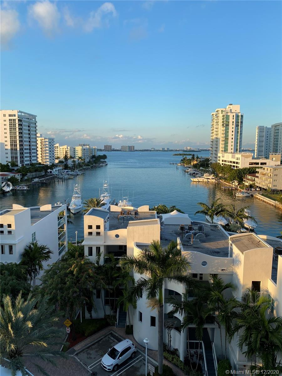 Stunning unobstructed intracoastal view 2 bed 2 full bath. Wood floor in the unit. W/D inside the unit, stainless steal appliances. High speed internet and basic cable included. Fresh paint and new blinds.