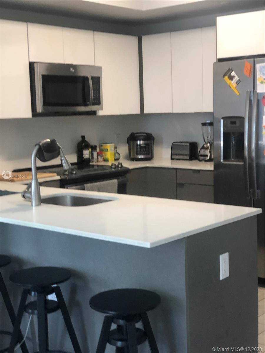 Beautiful 2/2 in the centrally located 26 Edgewater Building.  Minutes away from Brickell, Downtown, Midtown, the Design District and Miami Beach.Unit features porcelain wood style floors, floor to ceiling impact windows and sliding doors and 9 foot high ceilings.  Residents of 26 Edgewater can enjoy amenities such as rooftop pool, lounge, sundeck, fitness center and party room with full catering kitchen!