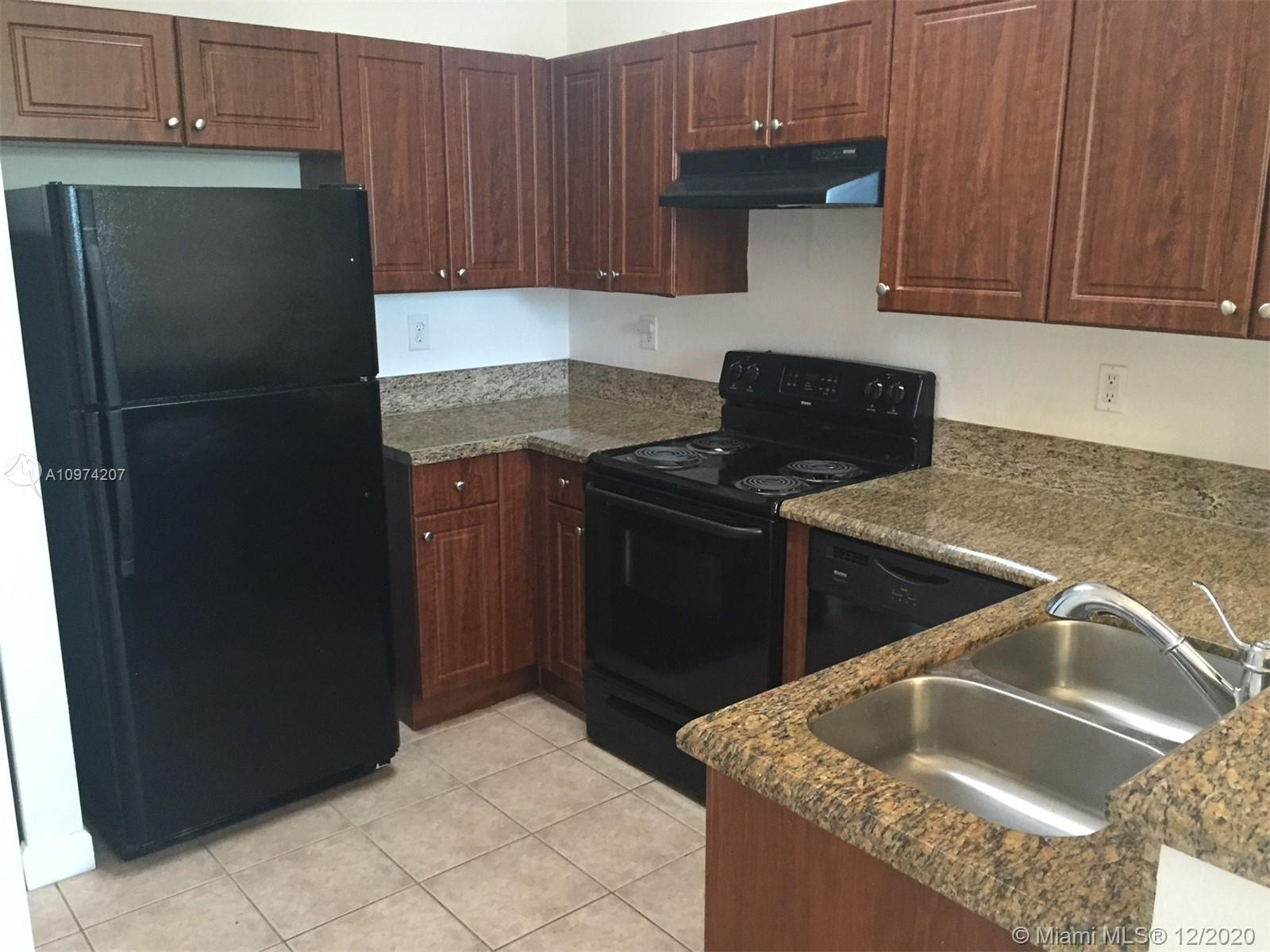 3005 NW 36th Ln #3005 For Sale A10974207, FL