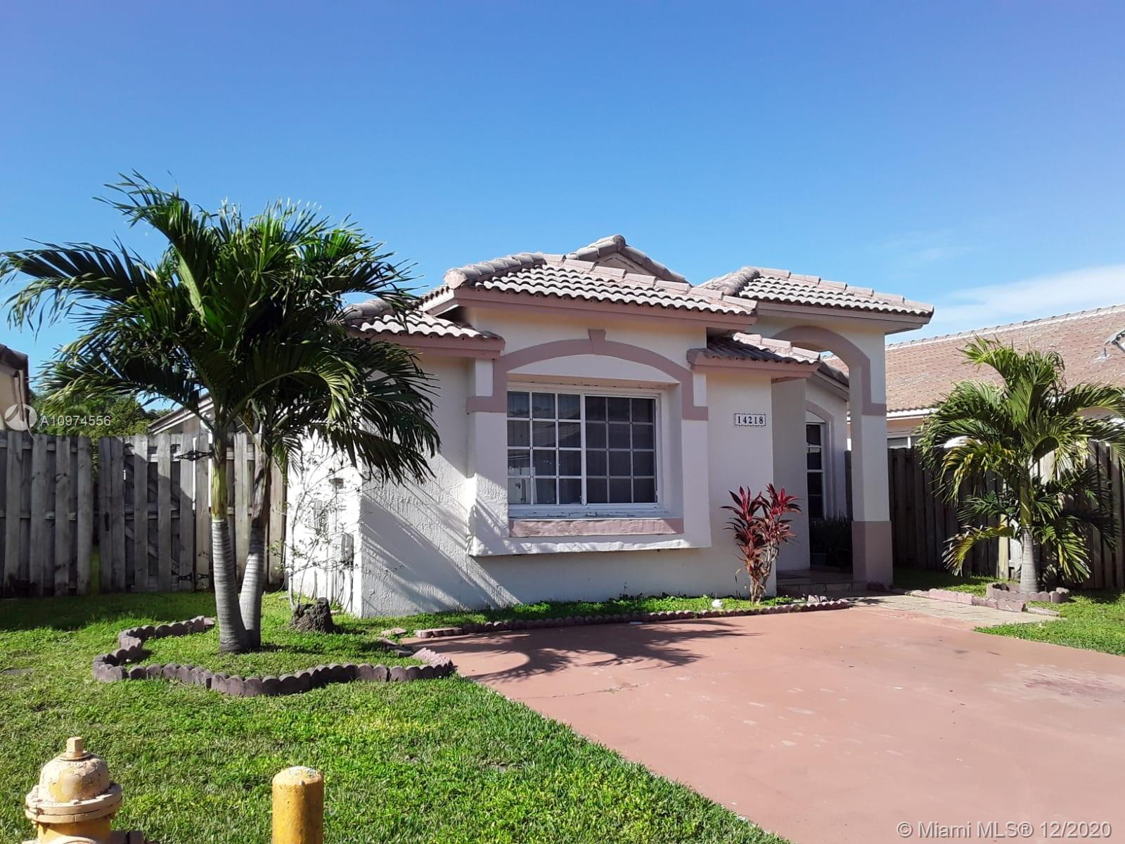 GREAT KENDALL LOCATION. LOVELY STARTING HOME. LOCATED IN THE COMMUNITY OF BRIGHTON MEADOW TRACE. LOW HOA $49 PER MONTH. COMMUNITY POOL AND ENTRY GATE.  3/BEDROOMS 2 BATHROOMS.  LARGE MASTER BEDROOM WITH WALKING CLOSET.  TILE THROUGOUT ENTIRE HOUSE.  GOOD SIZE KITCHEN WITH BREAKFAST AREA AND LARGE PANTRY. HURRICANE SHUTTERS ON THE OUTSIDE STORAGE.  VERY NICE COVERED TERRACE.  HOUSE IN ITS ORIGINAL CONDITION.  THE WASHER & DRYER ARE NEW, AS WELL AS THE MICROWAVE. THE  COMPLETE UNIT OF THE AIR CONDITIONER HAS BEEN REPLACED RECENTLY.   HOA APPROVAL REQUIRED.