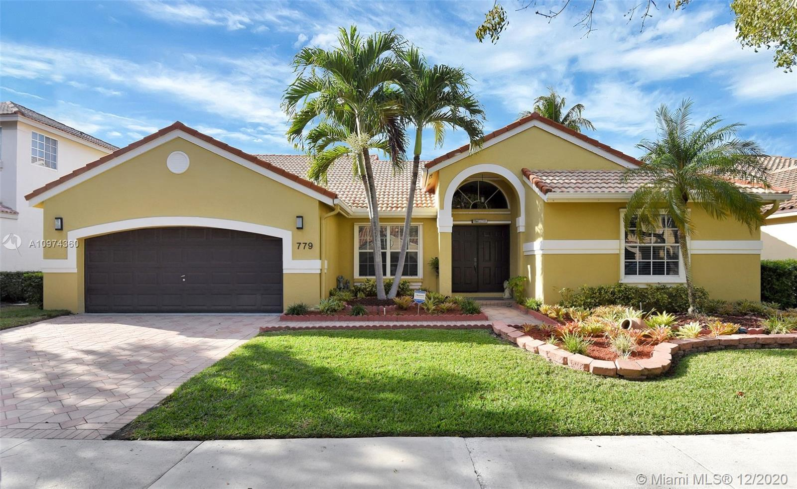 BEAUTIFUL POOL HOME IN THE AMAZING COMMUNITY OF THE LAKES IN WESTON. 5 BEDROOMS, 2 AND A HALF BATHROOMS WITH SPACIOUS LAYOUT. THERE'S A LARGE MASTER BEDROOM WITH 2 WALK IN CLOSETS,  SITTING AREA, AND HOME OFFICE/BEDROOM WITH BUILT IN BOOKCASE.   THIS HOME FEATURES A POOL WITH NEWLY REMODELED PATIO, DIMENSIONS APPROX 14' BY 27' AND ENCLOSED A/C PORCH. THIS COMMUNITY HAS A PARK AND PLAY AREA, SOCCER FIELD, BBQ PICNIC AREA AND COMMUNITY POOL.  ENJOY WALKING DISTANCE TO PUBLIX, STARBUCKS, CVS, RESTAURANTS. A+ SCHOOLS.  THIS HOME WON'T LAST, MOVE IN READY!