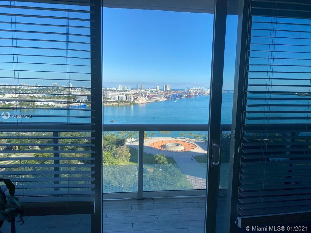 Beautiful renovated 2/2 + Den in the heart of Downtown Miami with spectacular city views of the Miami Bay and all Bayside Market Place area. Rent Includes 1 parking space, internet, basic cable, water, sewer and garbage as provided by the association. Also, you have access to GREAT AMENITIES such as parking security, valet parking, gym, yoga room, amazing pool and Jacuzzi, BBQ area, full service spa, and two rentable poolside entertainment/party rooms. Centrally located at walking distance from Bayside Park, American Airlines Arena, restaurants, supermarkets, public transportation, and more.