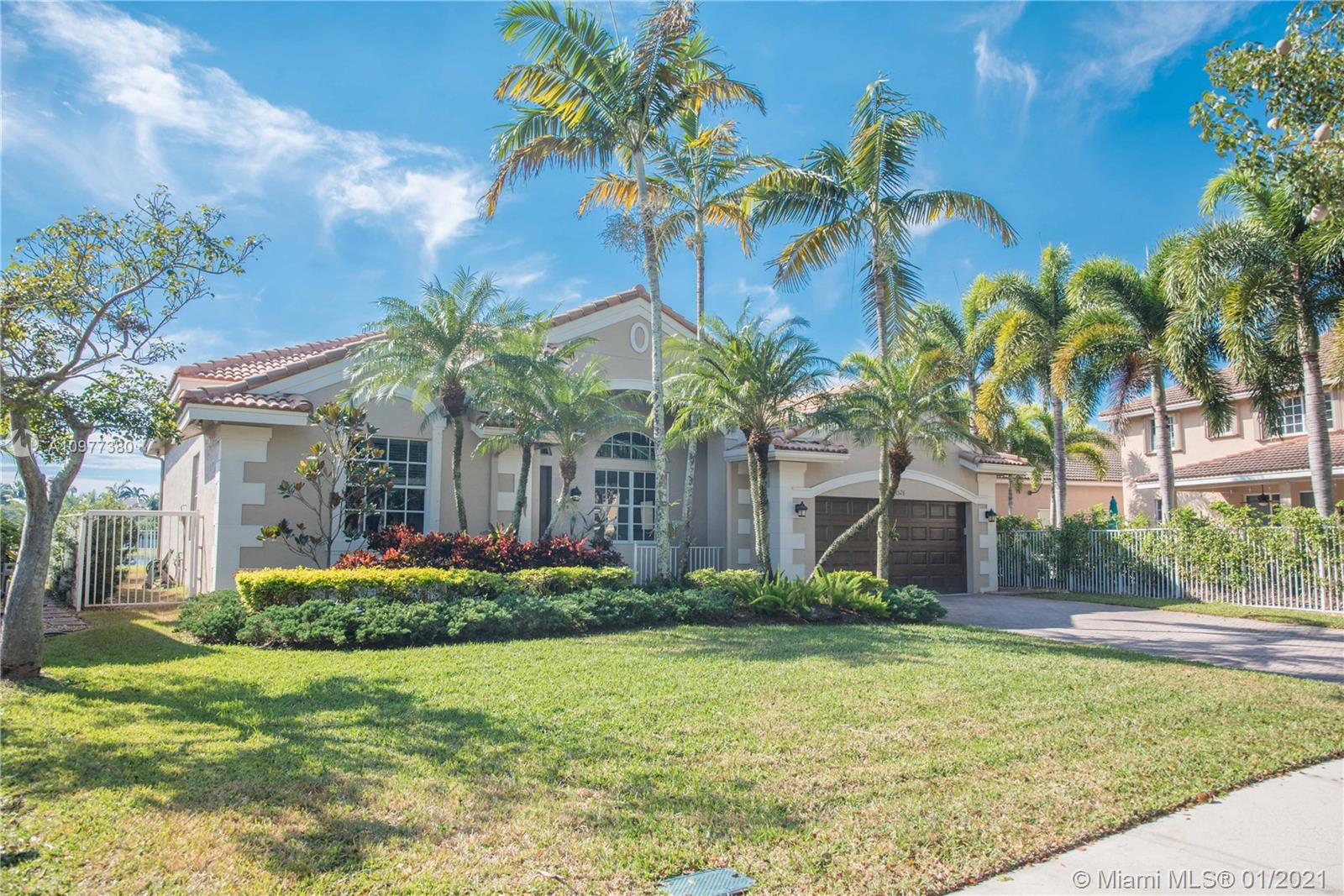 The City of Weston was ranked third safest city in the U.S. based on cities with populations over 50,000 and top rated A schools. Don't miss this stunning lake view remodeled one story gem to call it home. The property is in Savanna gated community with world class amenities and club house, nested in a cul-de-sac very quiet and beautiful street. Features new open kitchen with an island and stainless steel appliances, Electrolux washer and dryer. New flooring and beautiful backyard. Split floor plan, his and hers walk-in closets, double door in master bedroom, spacious bathroom with jacuzzi tub, great views of the lake from the master. Newer A/C Carrier unit with NEST control and smart home features, roof freshly cleaned. 20 mins to FLL airport and downtown. 10 mins from Sawgrass Mall.