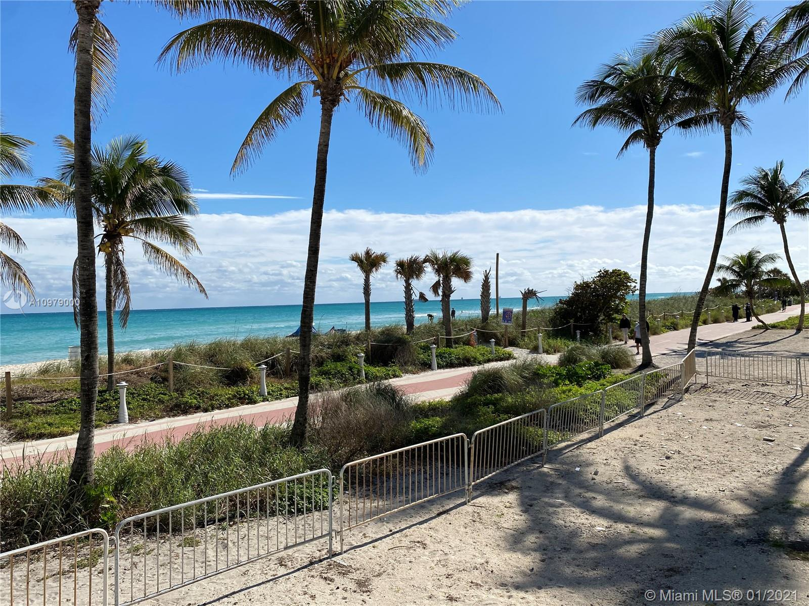 5445  Collins Ave #814 For Sale A10979000, FL