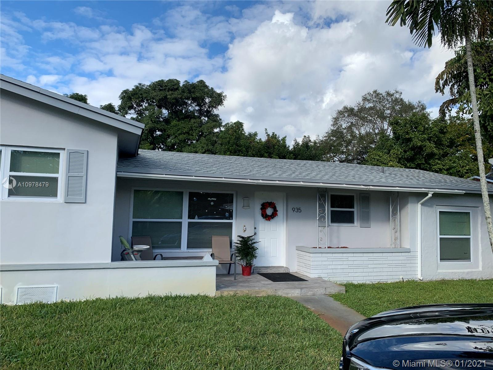 Listing Details for 935 149th St, North Miami, FL 33161