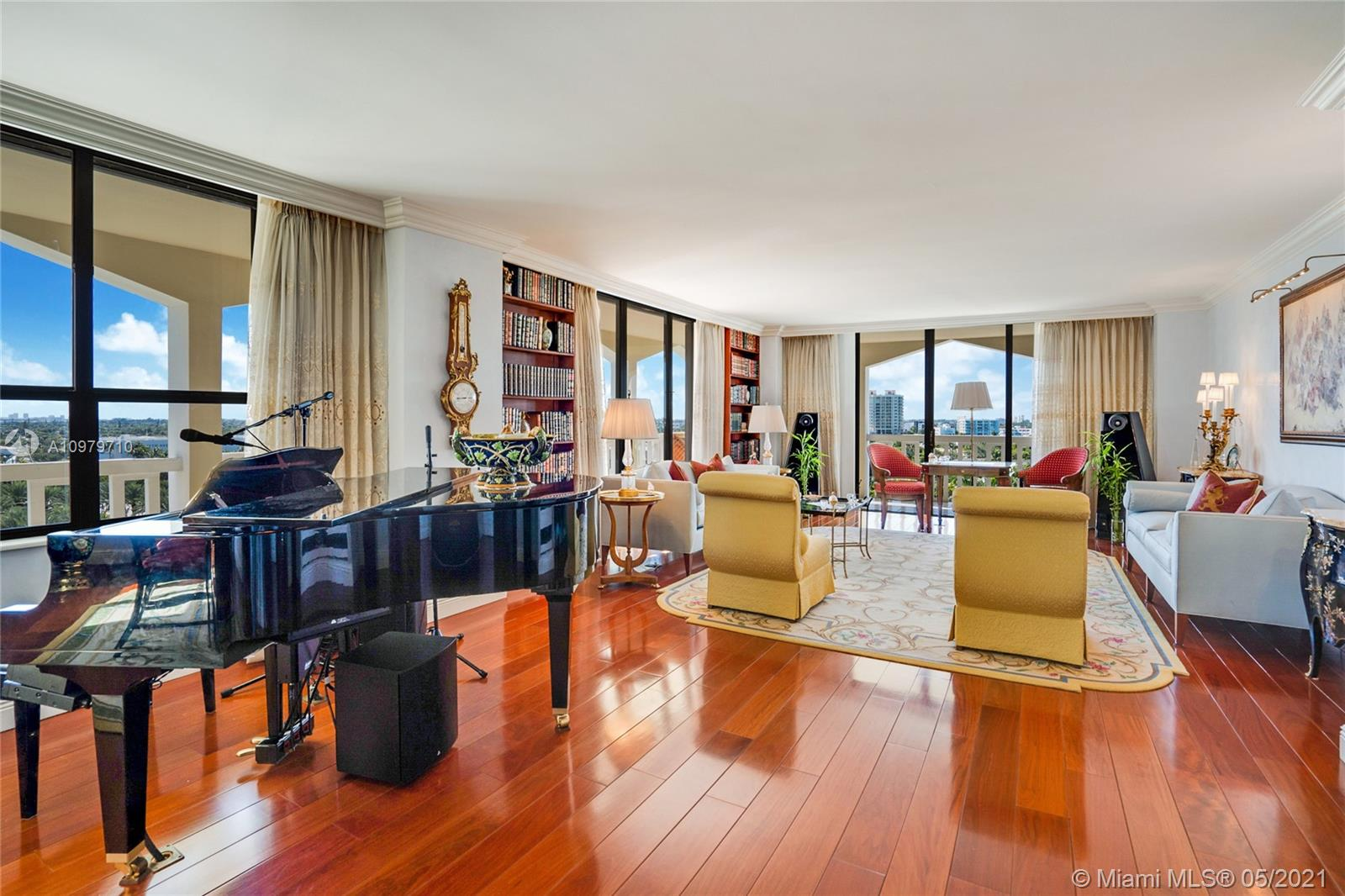 9801  Collins Ave #10R For Sale A10979710, FL