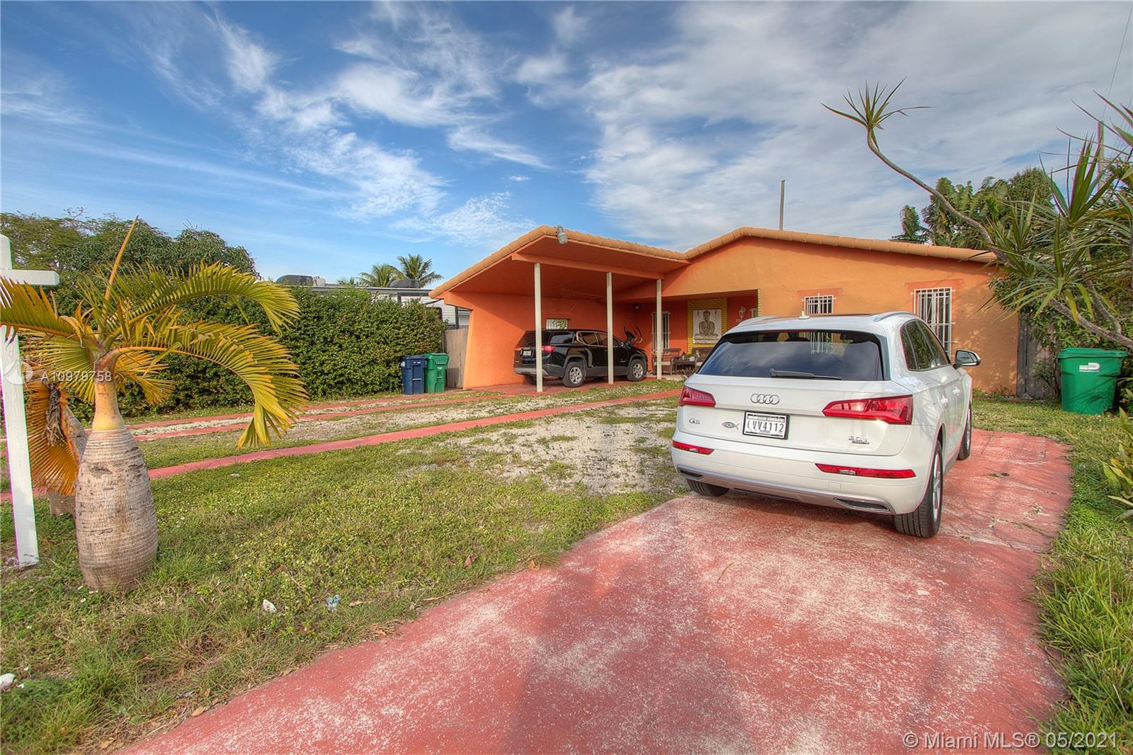 3511 SW 67th Ave  For Sale A10979758, FL