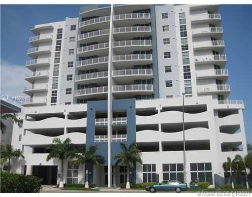 THIS IS THE ONE! BEAUTIFUL 1 BED/1BATH CORNER UNIT IN A BOUTIQUE BUILDING (GATEWAY TO THE GROVE) WITHIN MINUTES OF COCONUT GROVE, CORAL GABLES, BRICKELL &THE METRO RAIL. THE UNIT COMES WITH **2** ASSIGNED PARKING SPACES IN A GATED GARAGE!  UNIT FEATURES GRANITE & STAINLESS KITCHEN, PLANTATION SHUTTERS, LARGE NEUTRAL TILE FLOORS, WASHER/DRYER,  IMPACT WINDOWS & BATHROOM ACCESS THRU BEDROOM & LIVING ROOM.  BUILDING IS SECURE W/CARD ENTRY SYSTEM AND INTERCOM. PANORAMIC NORTH AND EAST VIEWS OF THE CITY FROM THE 7TH FLOOR BALCONY. HOA INCLUDES INSURANCE, WATER, GARBAGE, SECURITY &  LANDSCAPING.  INDOOR POOL AND GYM.