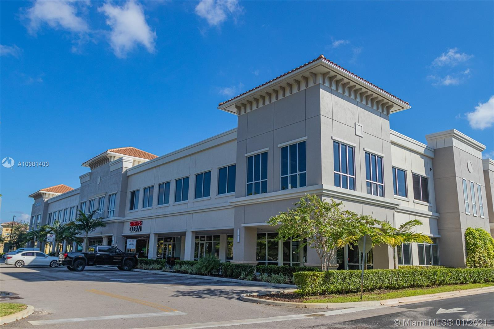 15121 NW 67th Avenue  For Sale A10981400, FL