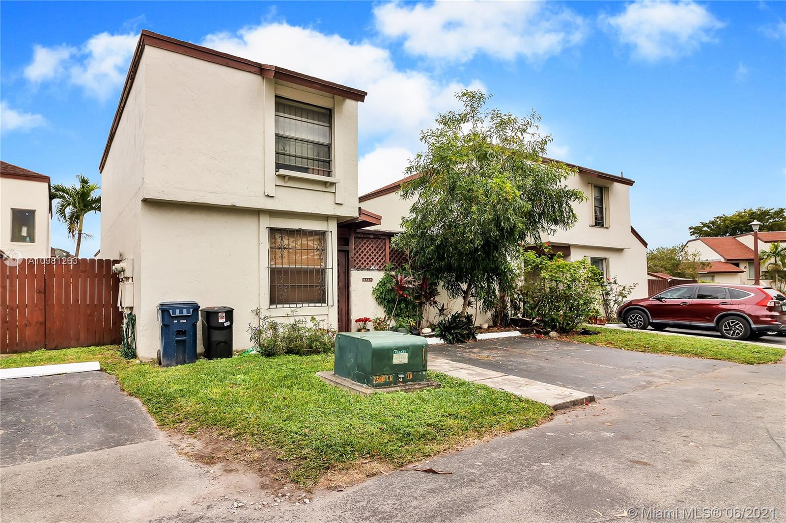 9724 NW 6th Ter #9724 For Sale A10981263, FL