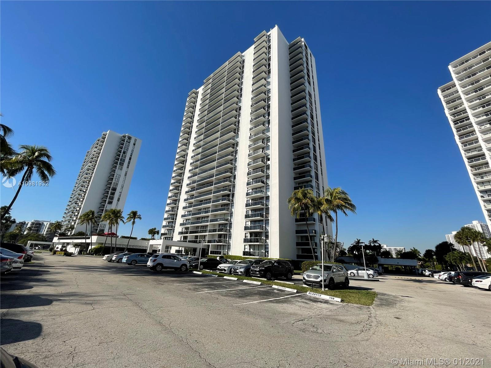 3625 N Country Club Dr #1210 For Sale A10981932, FL