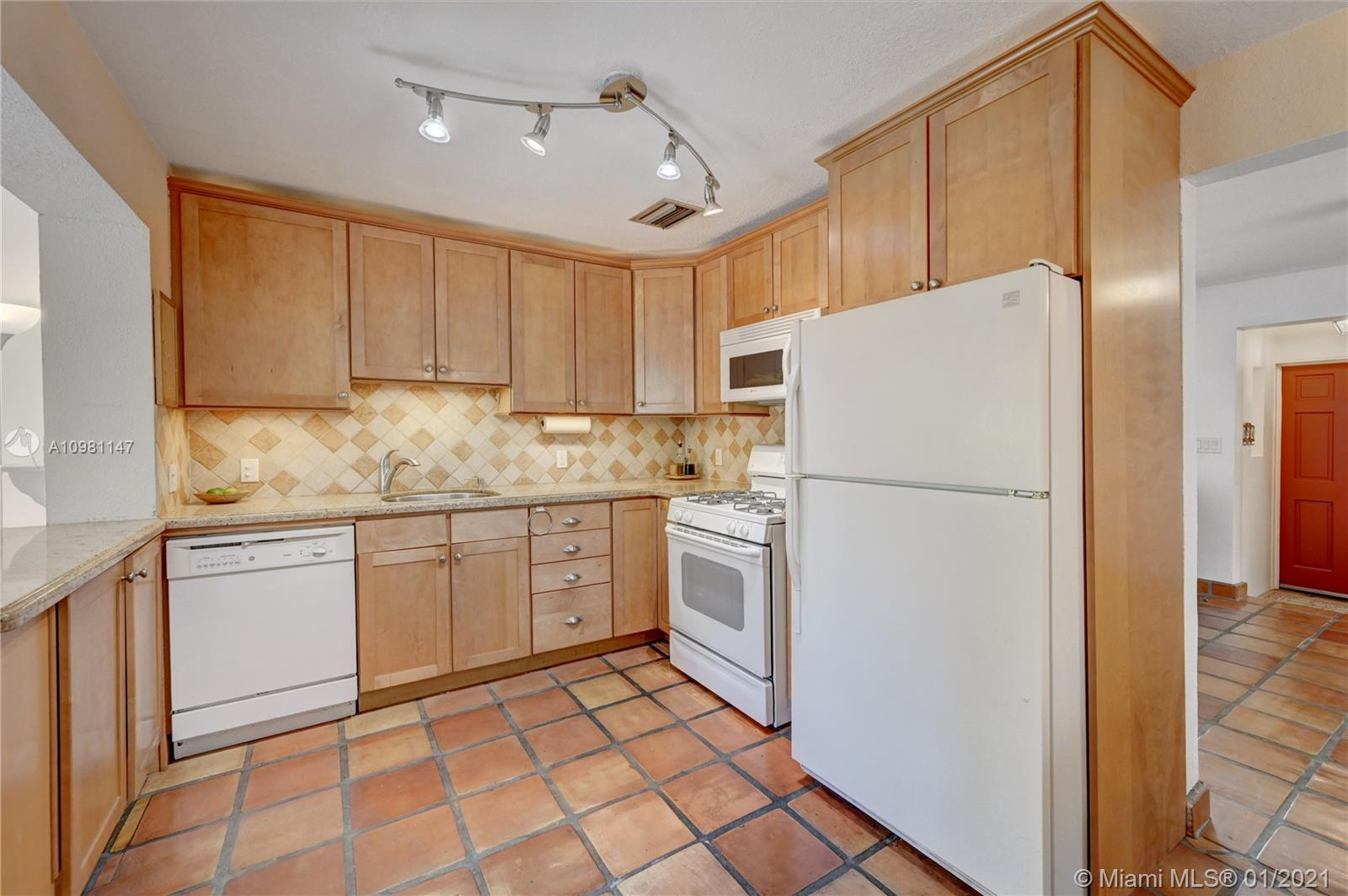 605 SW 12th Ct, Fort Lauderdale, Florida image 21