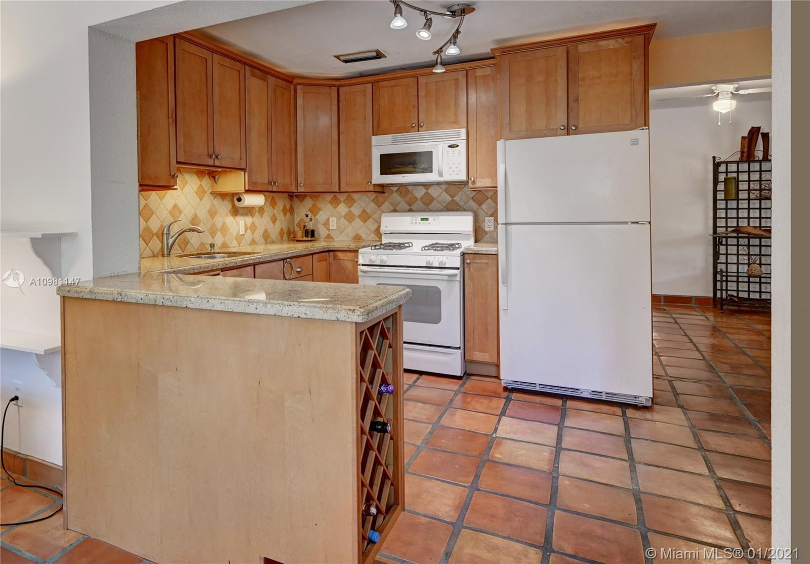 605 SW 12th Ct, Fort Lauderdale, Florida image 19