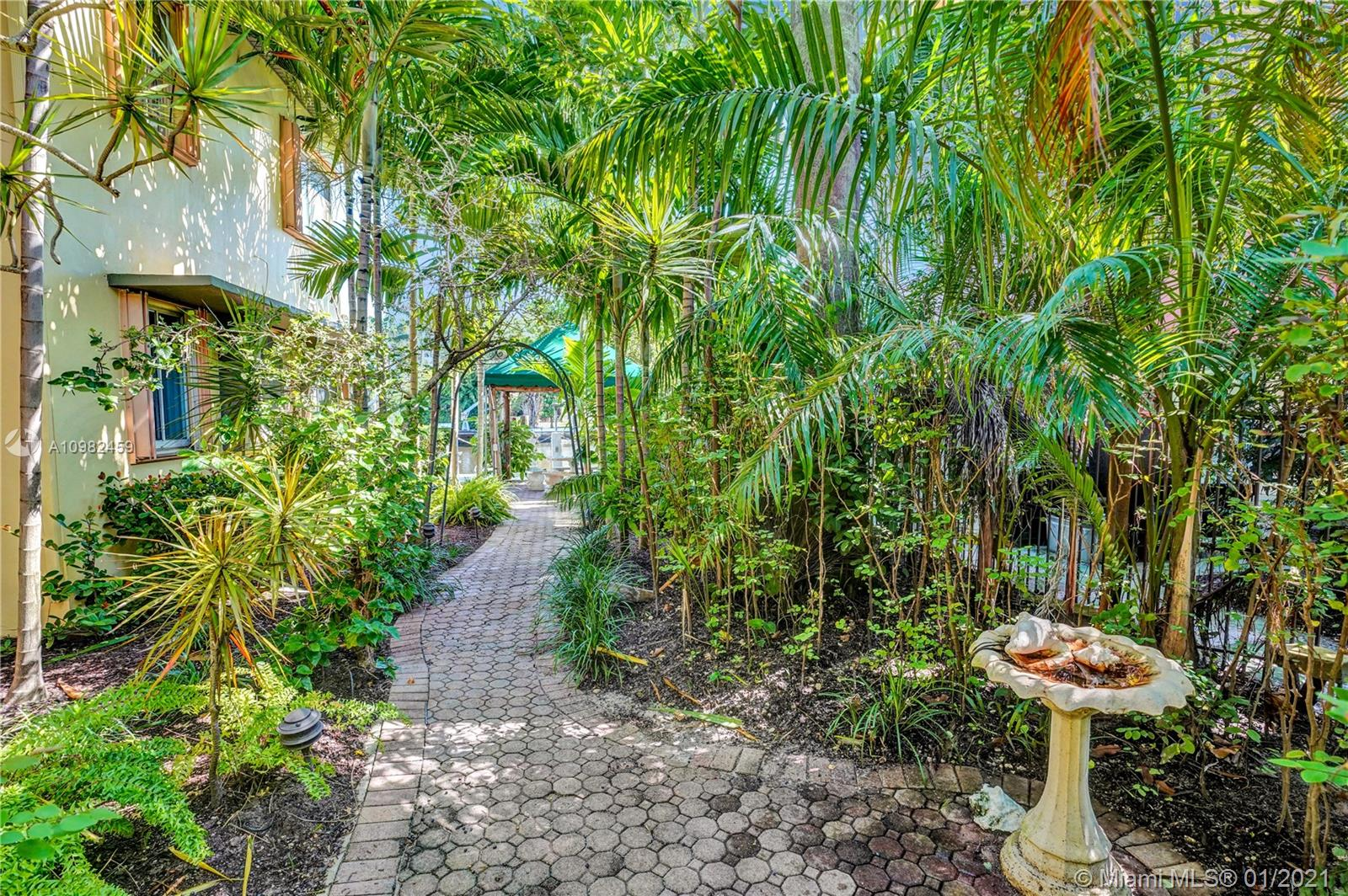 8 Isle Of Venice Dr, Fort Lauderdale, Florida image 17