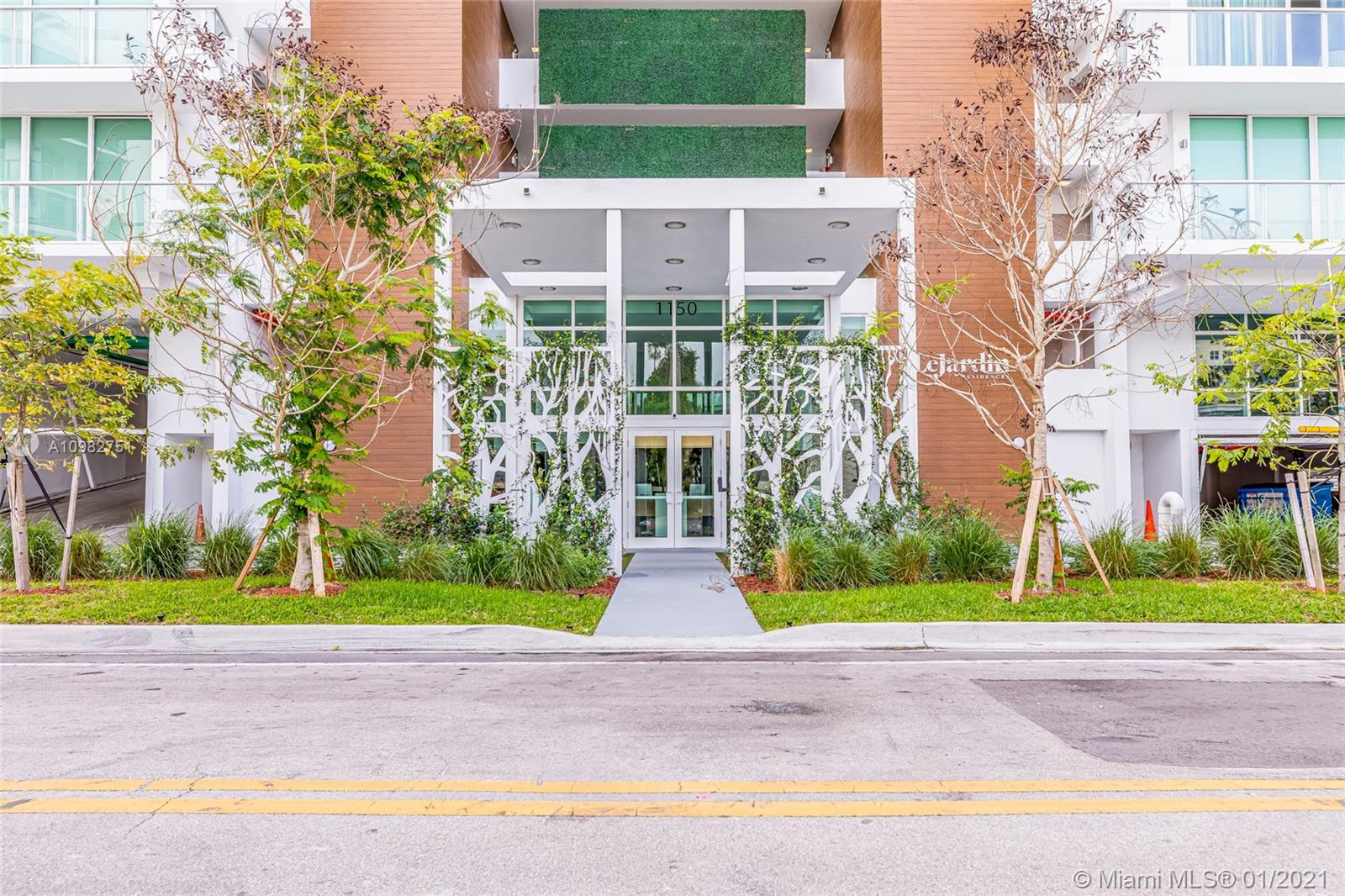 Gorgeous apartment with balcony/terrace 