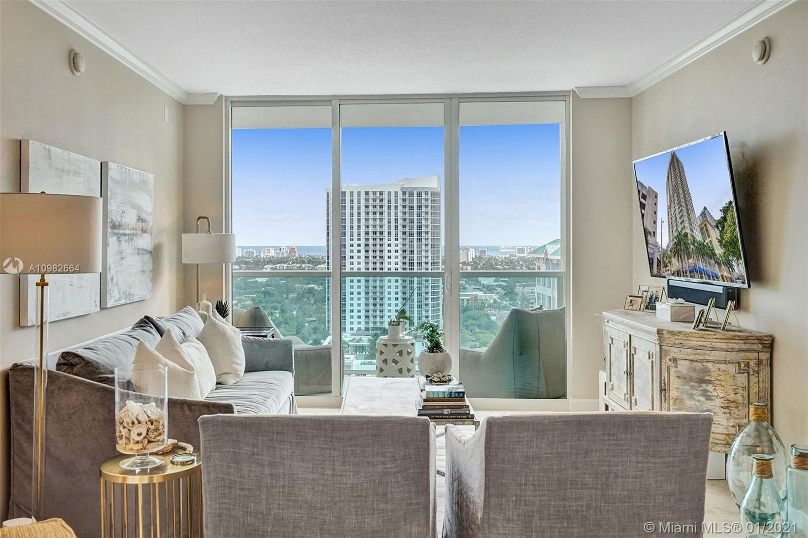 Impressive views of Fort Lauderdale Downtown and the ocean from the 25th floor of the 350 Las Olas Place. Best line in the building. Nicely located, only steps away from Las Olas restaurants, bars, shops and the beaches. Bright unit with high impact windows and doors, spacious balcony, covered parking and washer and dryer inside. Split floor plan with tile floor throughout and opened kitchen. Full service building featuring rooftop pool with stunning views, fitness center, media room, party room & valet. The building is also pet friendly