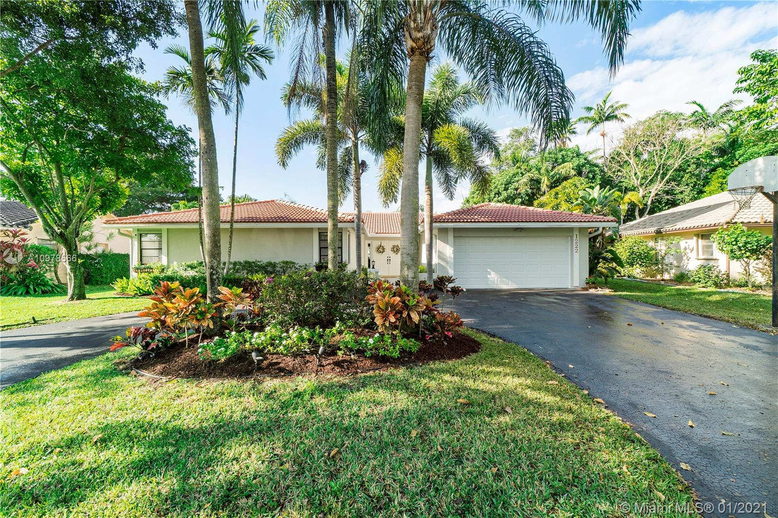 Come and see this beautifully updated 4/2 waterfront pool home with wide serene lake and canal view in desirable Cypress Run! You will love this homes wonderful curb appeal and tree-lined neighborhood with no HOA! Features include: Roof replaced in 2005, new air conditioner 2018, new hot water heater 2016, new sprinkler pump 2017, new stainless steel refrigerator 2020, dishwasher 2019, microwave 2019 with custom white cabinets and Corian counter-tops, knockdown ceiling and recessed lighting, updated laminate wood flooring and baseboards in main living areas, half bead-board wall in family room and dining room, fenced yard, child-safe fence around pool, new hurricane rated garage door 2020, custom organizer's in all bedroom closets, ring 