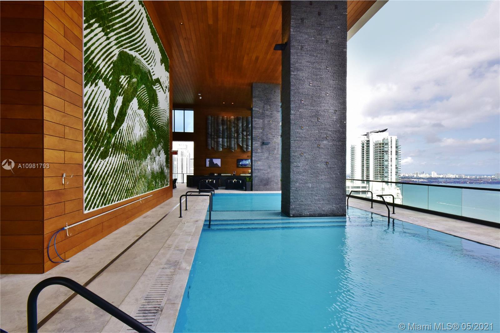 Investor welcome!! Gorgeous  1Bed/1.5Baths Corner residence at Echo Brickell, a boutique residential high-rise in the Heart OF Brickell . Spectacular views.  Modern design . balcony with summer kitchen . marble flooring countertops and top-of the line SubZero, Wolf and Bosch appliances APPLE® Home Technology, robotic parking system, Infinity-edge pool, state-of-the-art gym and spa deck with panoramic views of Biscayne Bay and Downtown Miami. 24/7 concierge, valet, pet walker, car service and more