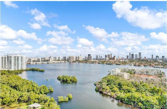 16385 Biscayne Blvd #2502, North Miami Beach, FL 33160