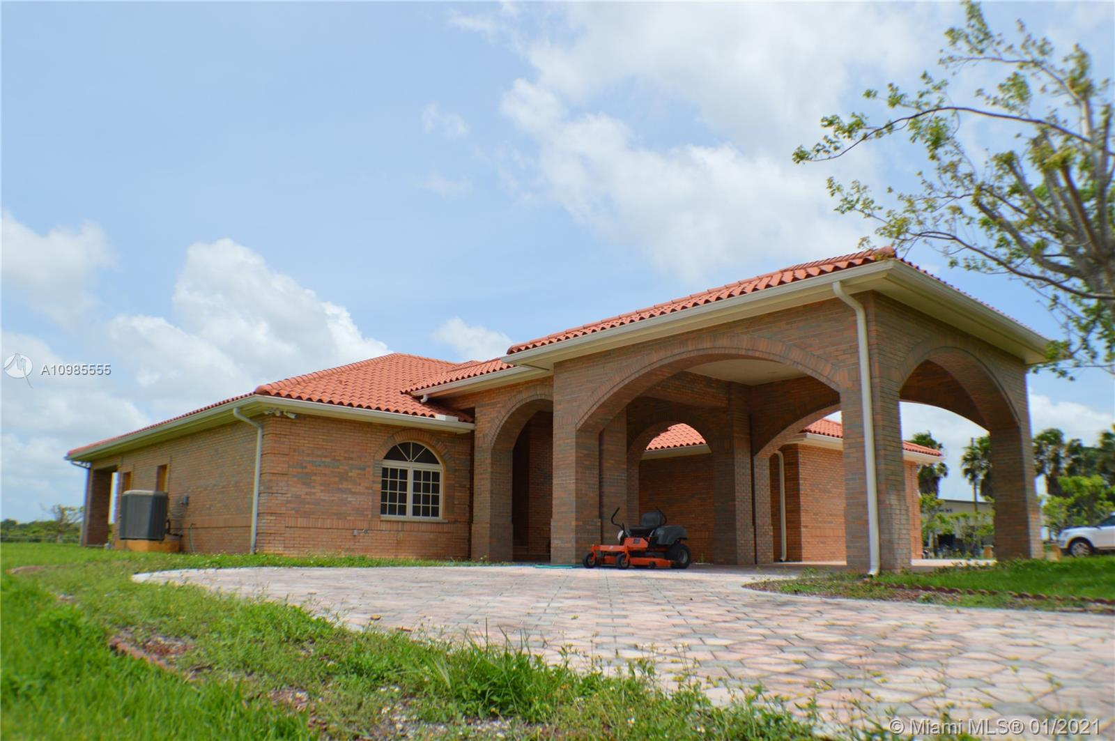 31002 SW 212th Ave  For Sale A10985555, FL