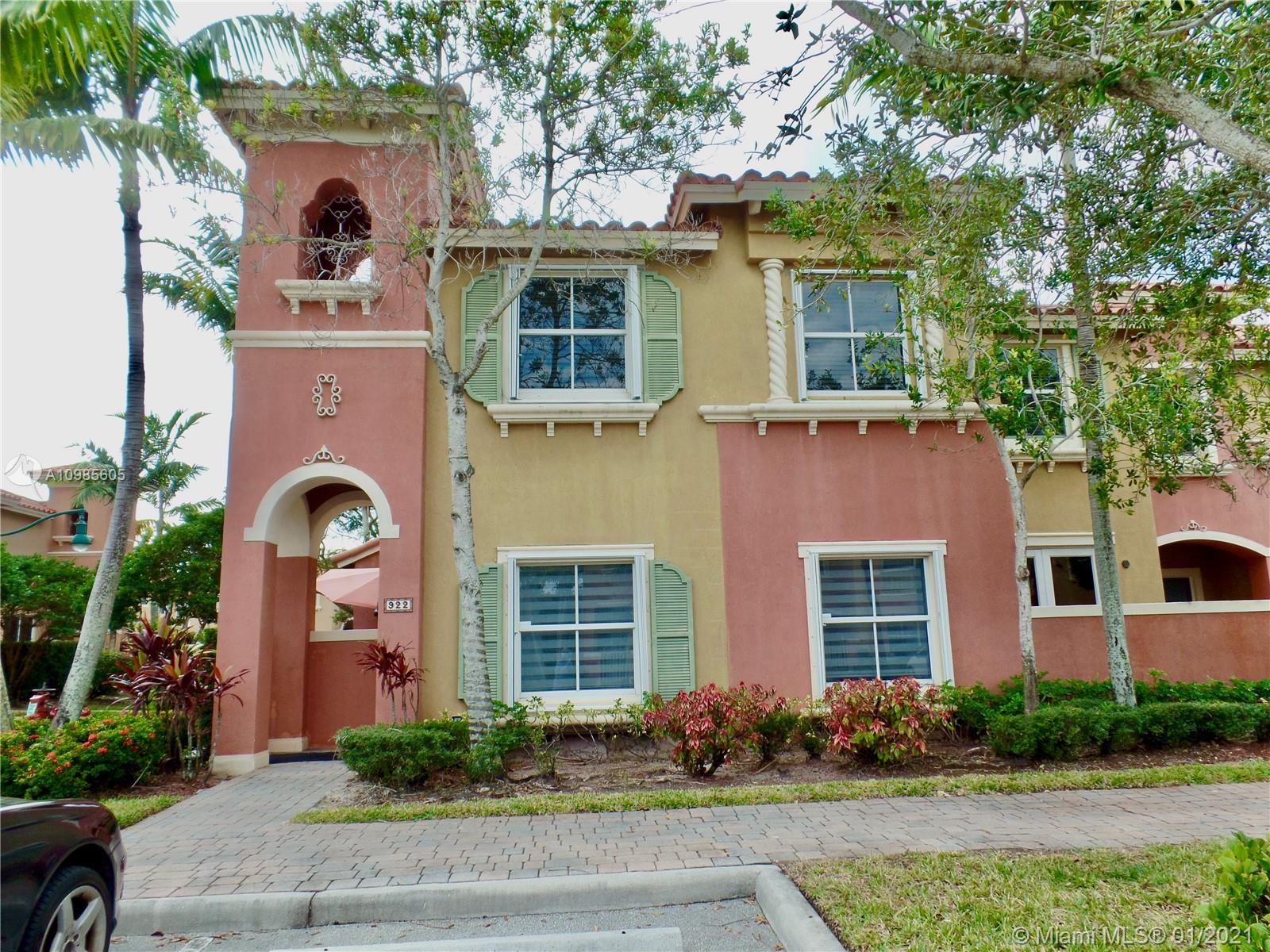 HIGHLY SOUGHT AFTER CORNER UNIT IN PEMBROKE CAY WITH OUTSIDE PATIO.  TOWNHOUSE HAS BRAND NEW ACCORDION SHUTTERS INSTALLED LATE 2020, NEW PORCELAIN MODERN TILE, NEW BASEBOARDS & PAINT DONE AUGUST 2019.  THREE BEDROOMS & 2.5 BATHROOM.  ENTER INTO THE A SPACIOUS GREAT ROOM WHICH CAN BE LARGE LIVING ROOM OR USED AS LIVING AND DINING ROOM, SEPARATE FAMILY ROOM OR SEPARATE DINING ROOM OPTION ACROSS THE KITCHEN.  KITCHEN HAS GRANITE COUNTERTOPS AND STAINLESS STEEL APPLIANCES.  NEW ZEBRA STYLE BLINDS DOWNSTAIRS AND ALL OTHER BLINDS STAYING WITH THE HOUSE.  PEMBROKE CAY IS ONE OF THE AREA'S PREMIERE COMMUNITIES BECAUSE OF IT'S LOCATION, WALKING DISTANCE FROM PREMIUM OUTDOOR MALL - PEMBROKE GARDENS - WITH PLENTY OF DINING AND SHOPPING. GATED COMMUNITY, ASSOC. PAYMENT INCLUDES DIRECTV WITH INTERNET.