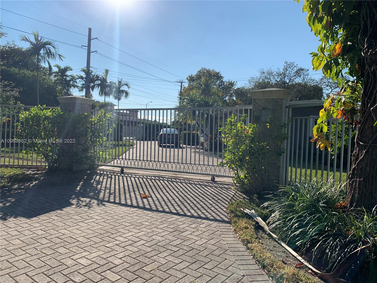 Beautiful single family home with pool, circular driveway ,new  appliances ,all renovated bathrooms ,kitchen and floors. Impact windows ,Large lot .Presently rented with eviction for January 6,2021. Its not available to show right now until January 6,2021.Buyers are more than welcome to pass by. Excelent  condition !Prime location !
