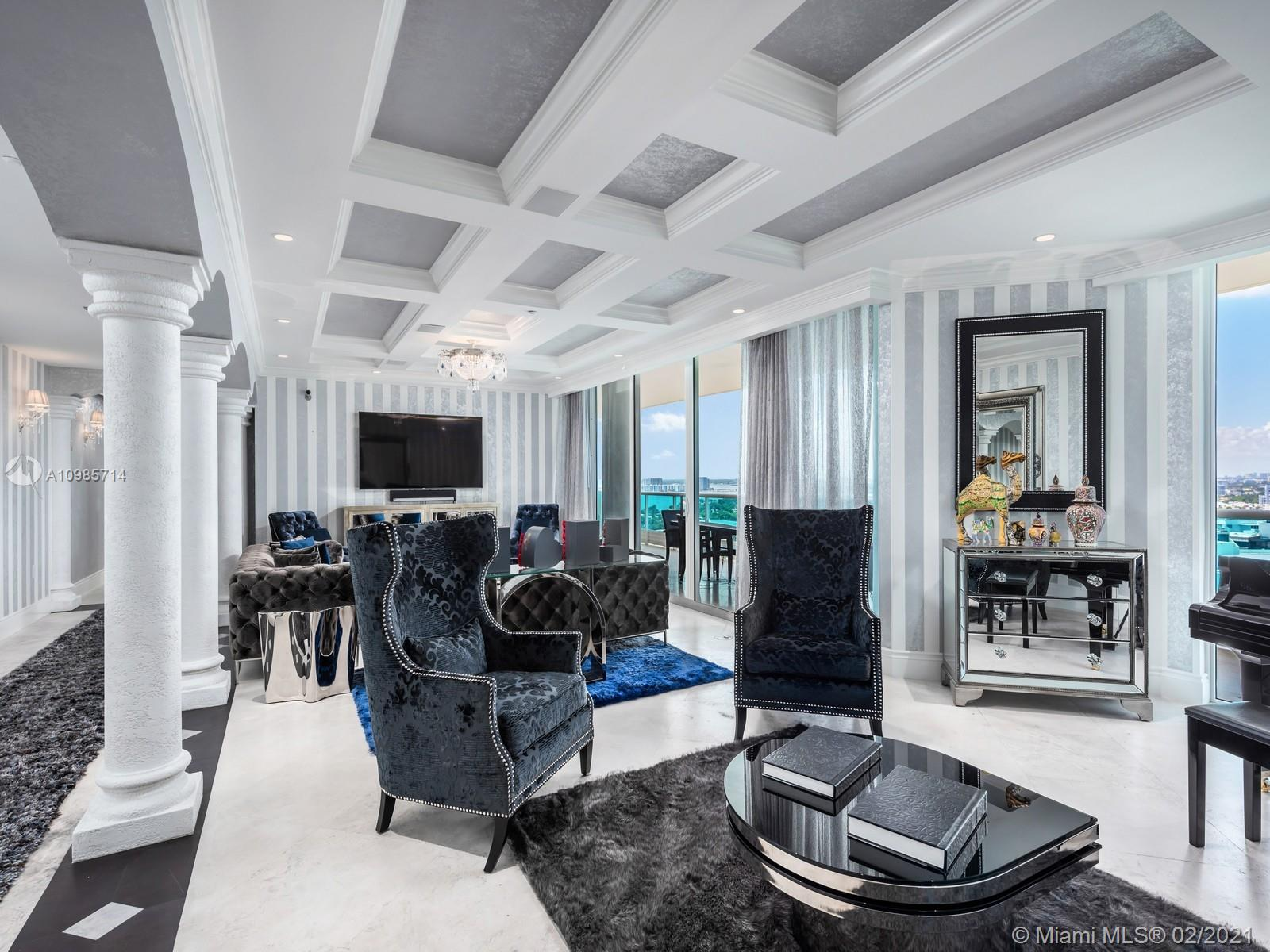 5025  Collins Ave #PH1 For Sale A10985714, FL