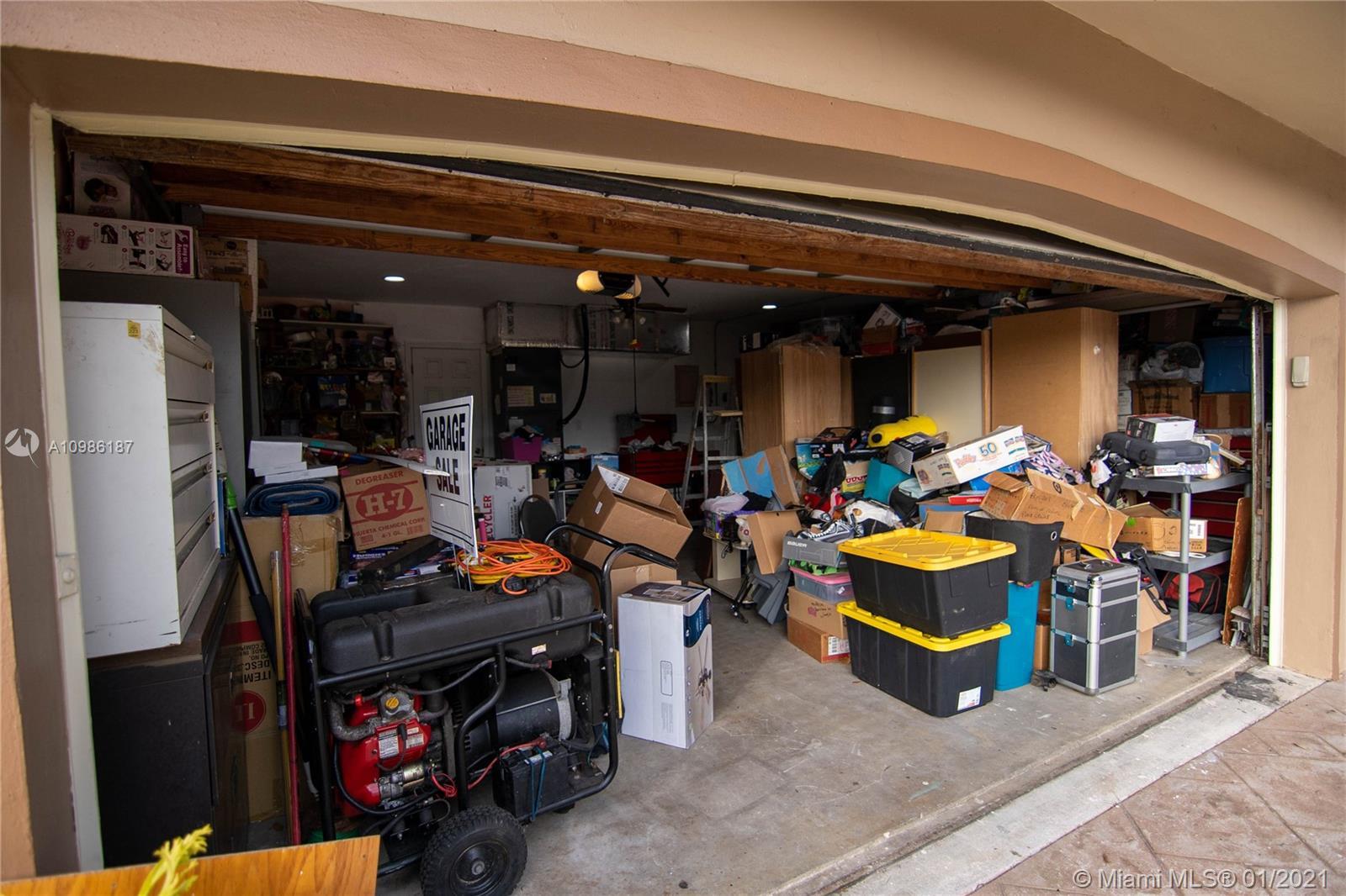 7521 Johnson St, Hollywood, Florida image 1