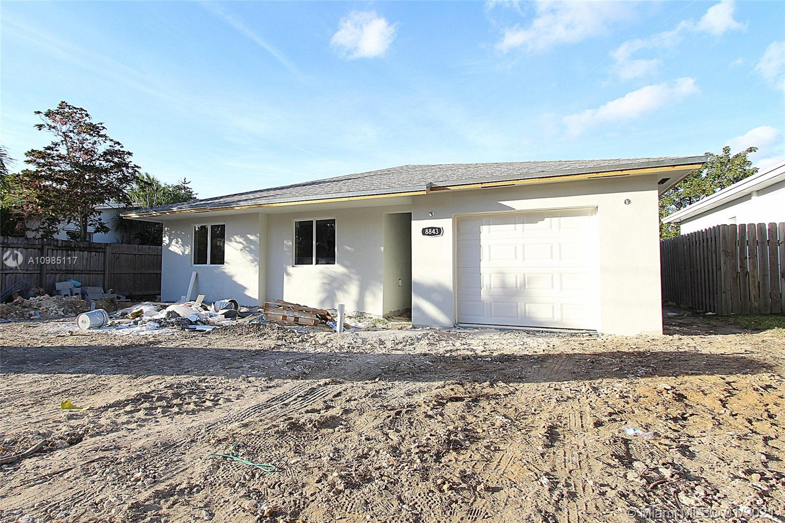 NEW CONSTRUCTION! 1,645 Total SqFt. Single-family home features Porcelain wood like tile throughout the house, kitchen with wood cabinetry and granite countertops, cook-top, wall microwave/oven combination, recirculating hood, dishwasher. 7 feet long kitchen island. The home will be completed and ready to close by 02/21/2021