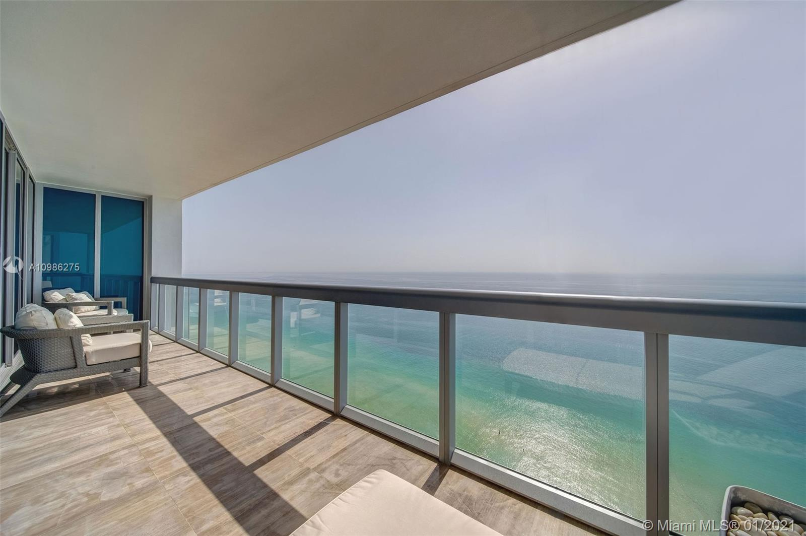 Breathtaking, flow-through double corner designer unit floating on the 31st floor of the exclusive Carillon Wellness Resort and Spa. A luxurious lifestyle awaits with tasteful furnishings throughout, floor-to-ceiling windows of direct ocean, intracoastal and skyline views of Miami. Residency includes access to Carillon Resort's exclusive services and amenities which has been voted as a number 1 Resort in Florida. Five star amenities with 4 gorgeous pools, private beach service/attendants, salon, indoor rock climbing, and a 70,000-sqft spa & wellness facility offering100+ classes per week in yoga, Zumba, spin, etc., Organic Restaurants onsite & multilevel Publix & Starbucks across the street. Super location, near to main travel arteries in the heart of Miami Beach.
