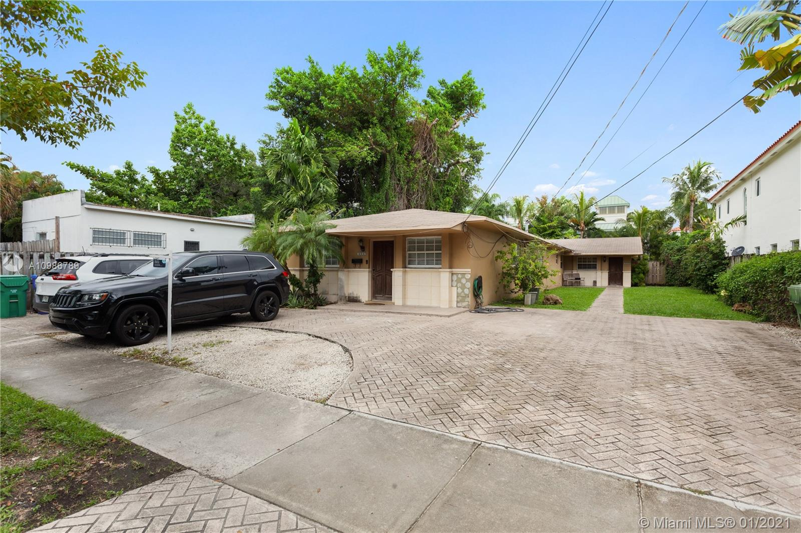 3057  Day Ave  For Sale A10986789, FL