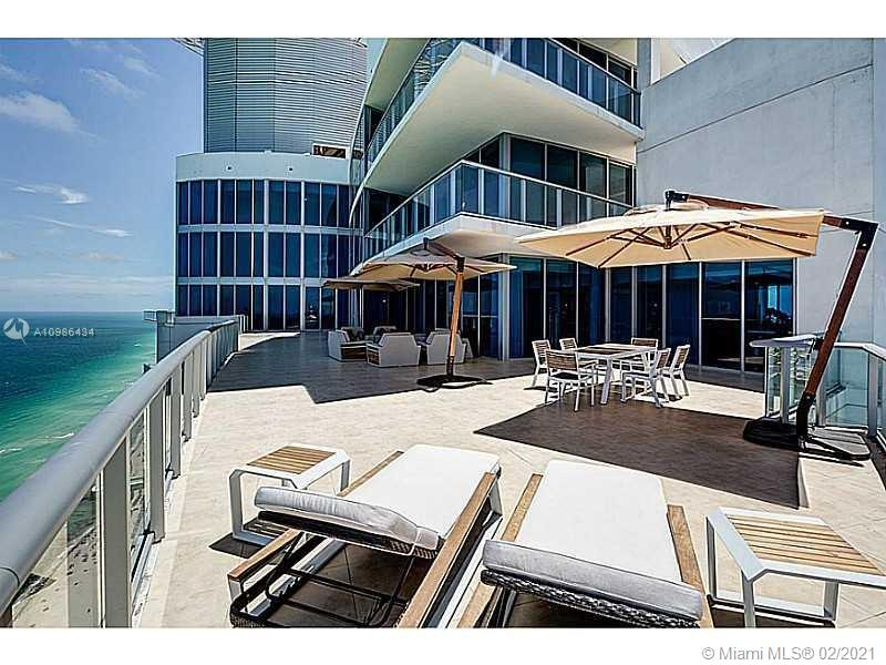 Breathtaking 360 Views from this unique three level Penthouse. With a total area of 14,000 Sqft between inside and outside, 6 bedrooms and 7.5 bathrooms this unique Penthouse allows you to enjoy spectacular ocean and city views. Custom made finishes in each room, private elevator inside the unit and spa overlooking the ocean.
