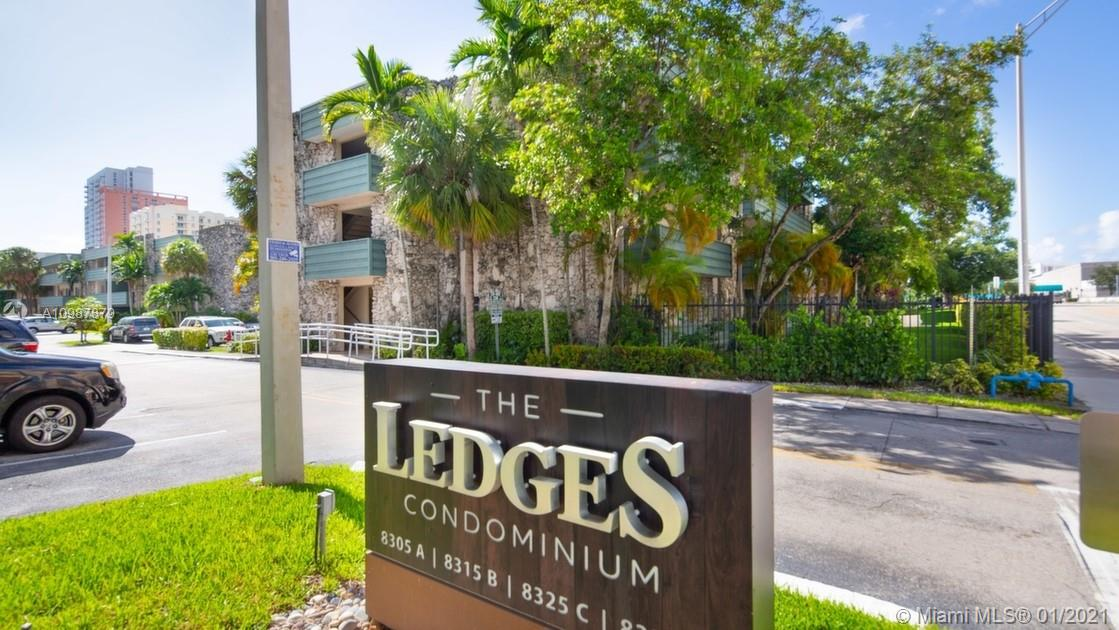 Centrally located behind Dadeland Mall.  This very spacious 3rd floor, 2 bedroom, 2 bathroom unit is within walking distance & Metro Rail.  Complex offers pool + tennis court.  Unit has 2 assigned parking spaces.  Accordion hurricane shutters.  Vacant and Easy to show.