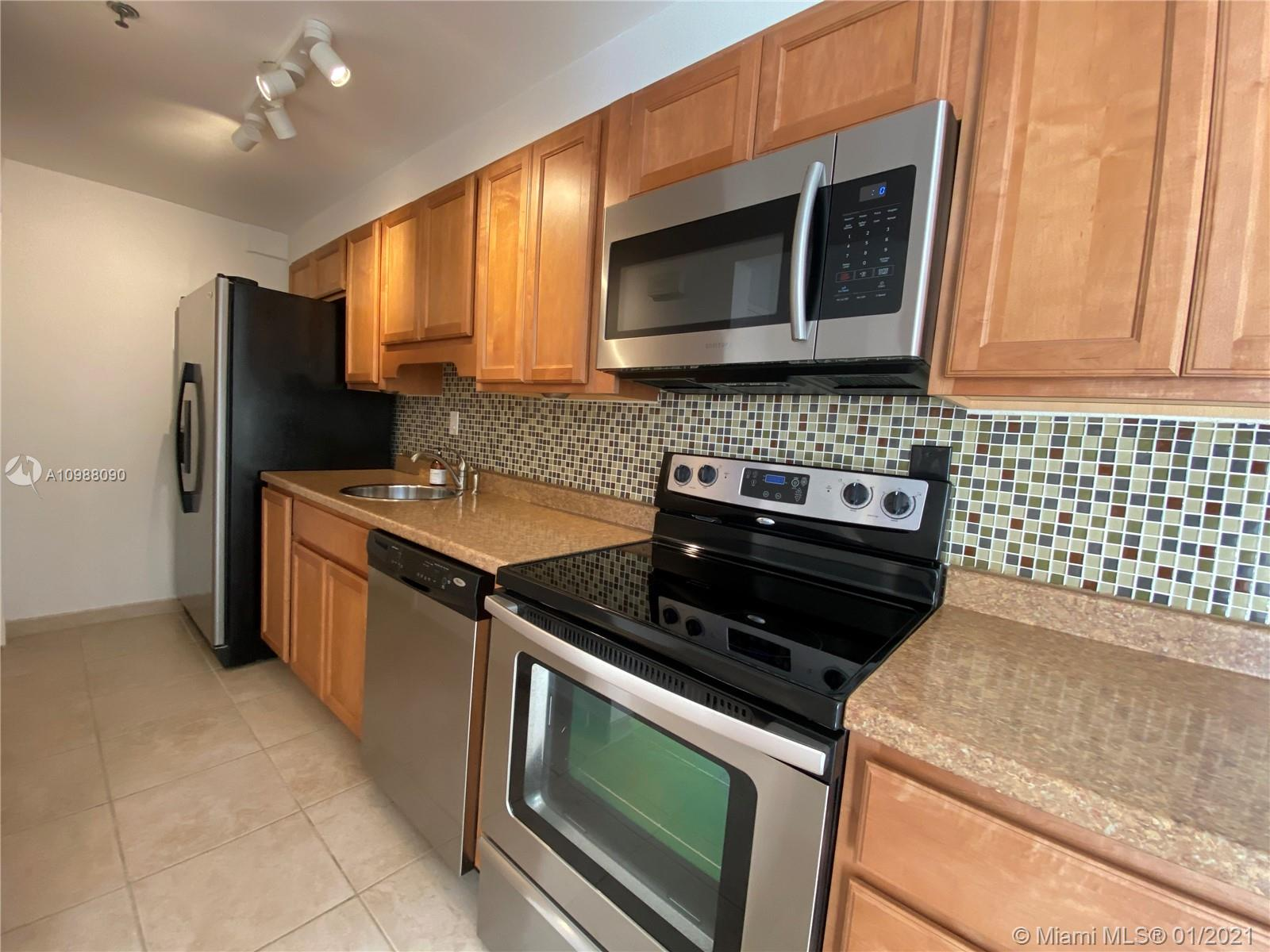 1255  Collins Ave #408 For Sale A10988090, FL