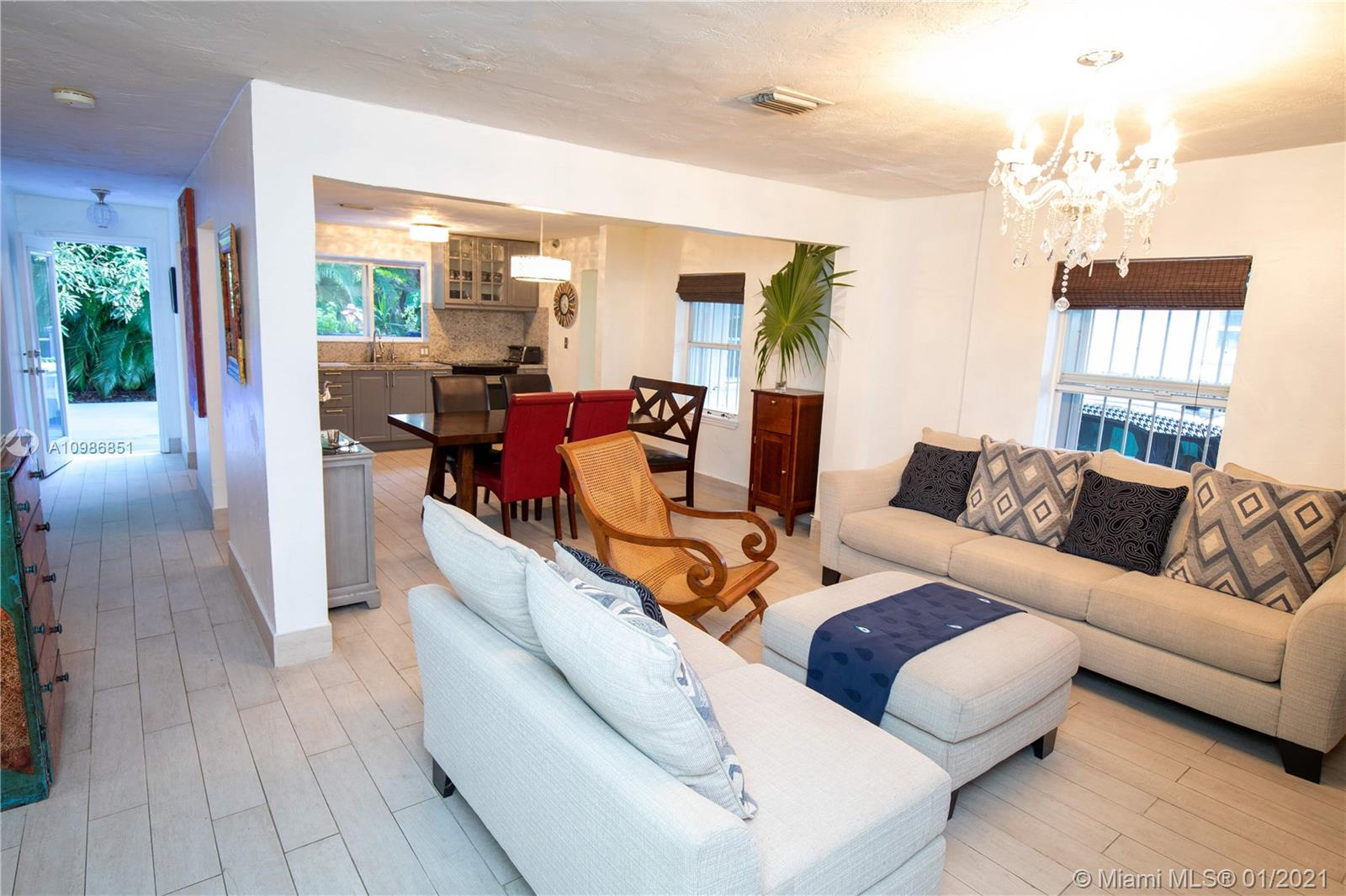 3628  Oak Ave  For Sale A10986851, FL