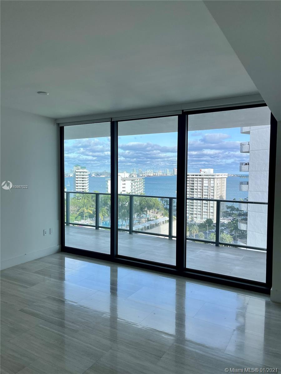 Beautiful 1 Bed 1.5 Bath with direct Ocean and Bay views right off Brickell Ave at the boutique high rise Echo Brickell. Modern design with top of the line finishes. Italian Kitchen with an upgraded Island, Bosch, SubZero and Wolf appliances, Large balcony with summer kitchen, Apple Home Technology that controls your A/C, Lights and Surround Sound. The amenities level is between the 32-36 floors with 360 Degree views, 2 Jacuzzis, Infinity Pools, Gym and Spa, and Cafe. Echo has resort style services including dog walking services, complementary bikes, 24 hour concierge and more. EASY TO SHOW..
