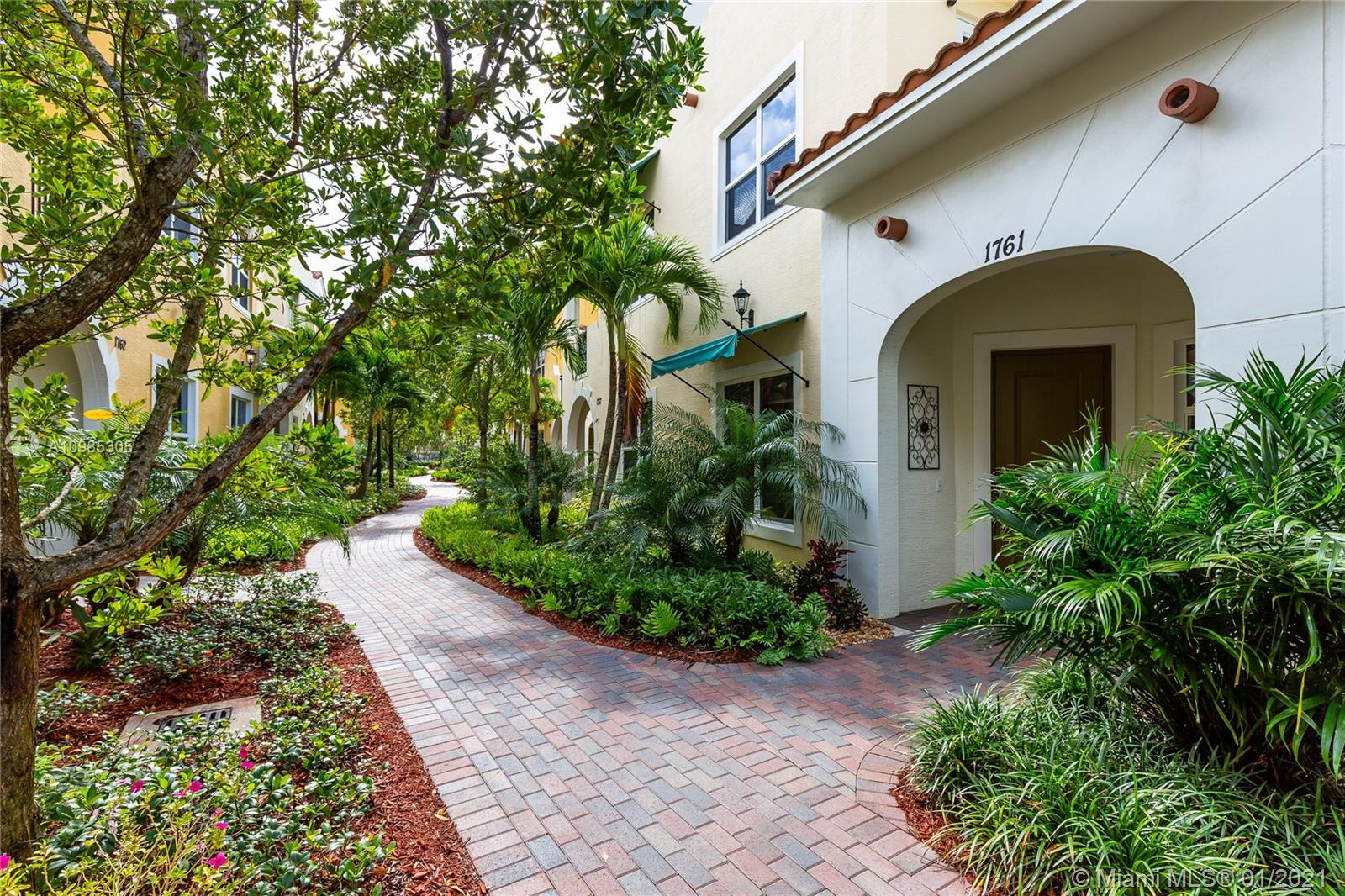 Feel right at home in this PRISTINE 4 bed, 3.5 bath, tri-level COSMO MODEL TOWNHOUSE w/attached 2 car GARAGE in desired Centra Falls GATED community LOCATED near major highways, shopping & MEDICAL CENTERS. This Spectacular main level OPEN FLOOR plan features a spacious family & living room that opens to a beautiful contemporary kitchen w/SS appliances; granite countertop & snack bar. Half bath and large under-stairs storage makes a nice PET room. 2nd LEVEL features a MASTER BEDROOM W/BALCONY, walk-in closet and master bath; other two bedrooms, laundry and 2ND FULL BATH. The 3rd LEVEL is breathtaking...Place of preference: your 4th bedroom or flex space for ENTERTAINMENT or OFFICE; 3RD FULL BATH and spacious BALCONY. Impact Windows, Alarm, steps away to POOL, HOT TUB & GYM.