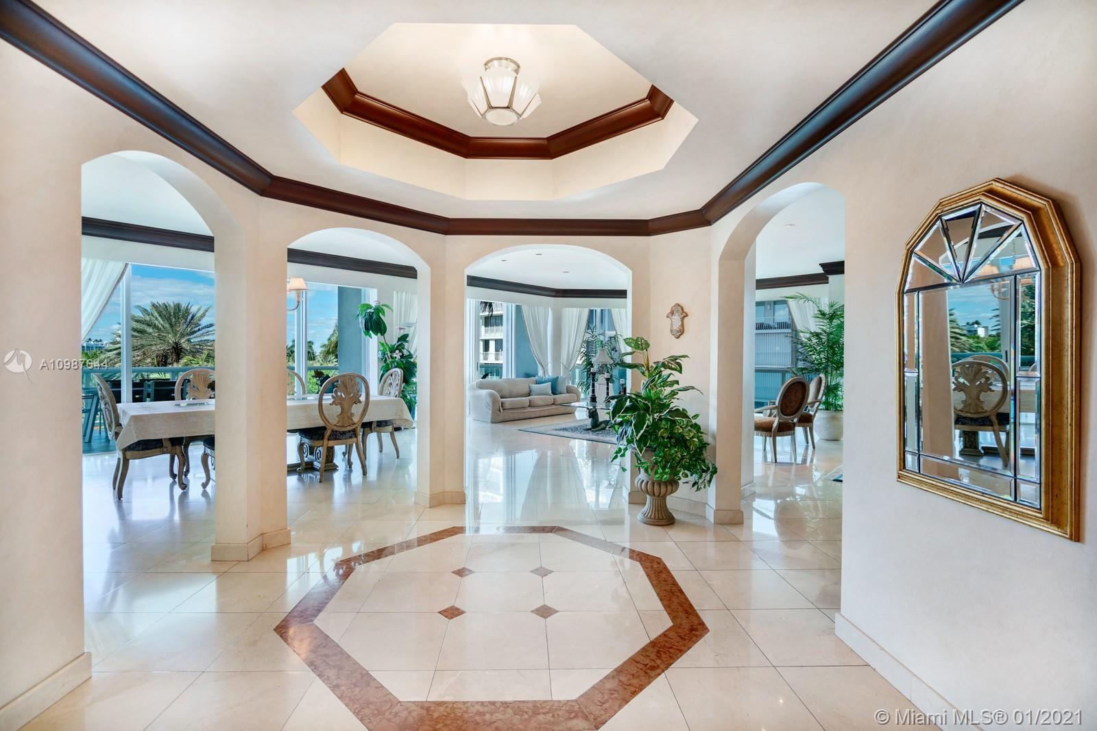 10101  Collins Ave   4A-1